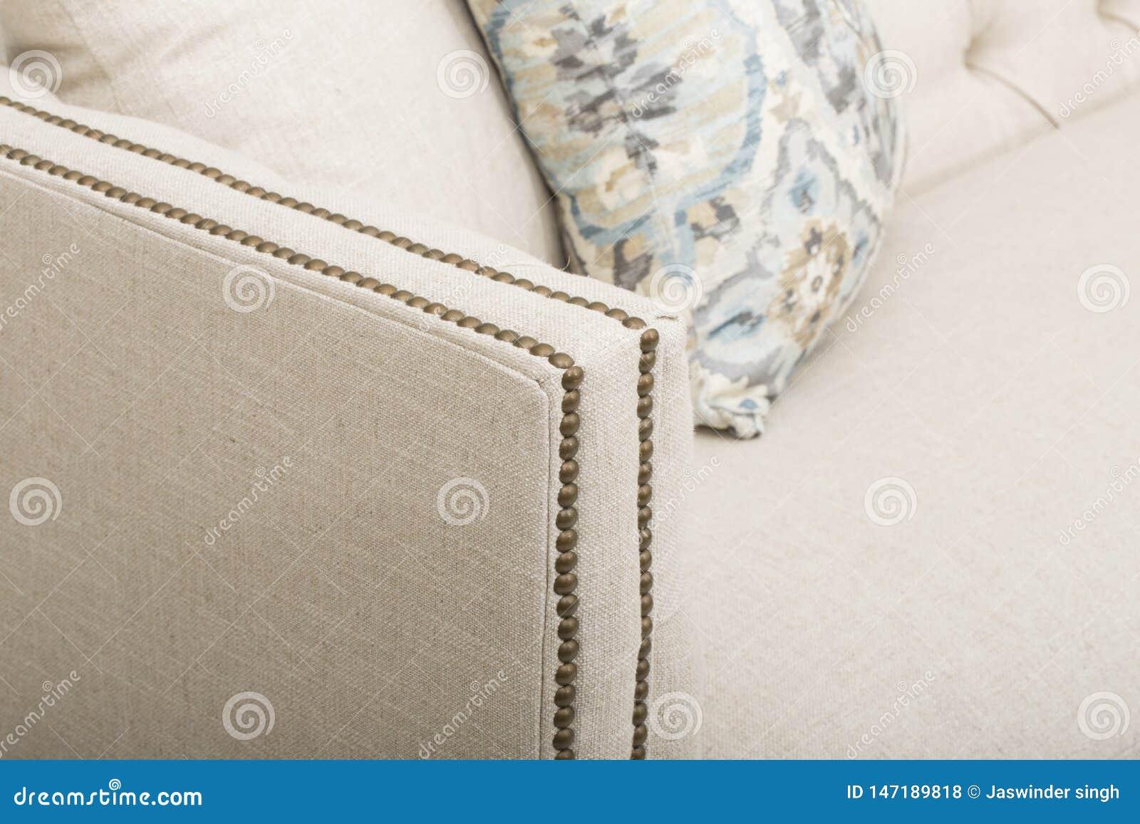 Sofaklubsessel-Sofaclub, helles beige Gewebe heftete sich Klubsessel, Art-Wohnzimmer-Sessel, Größen-Lagerschwellensofas durch, di
