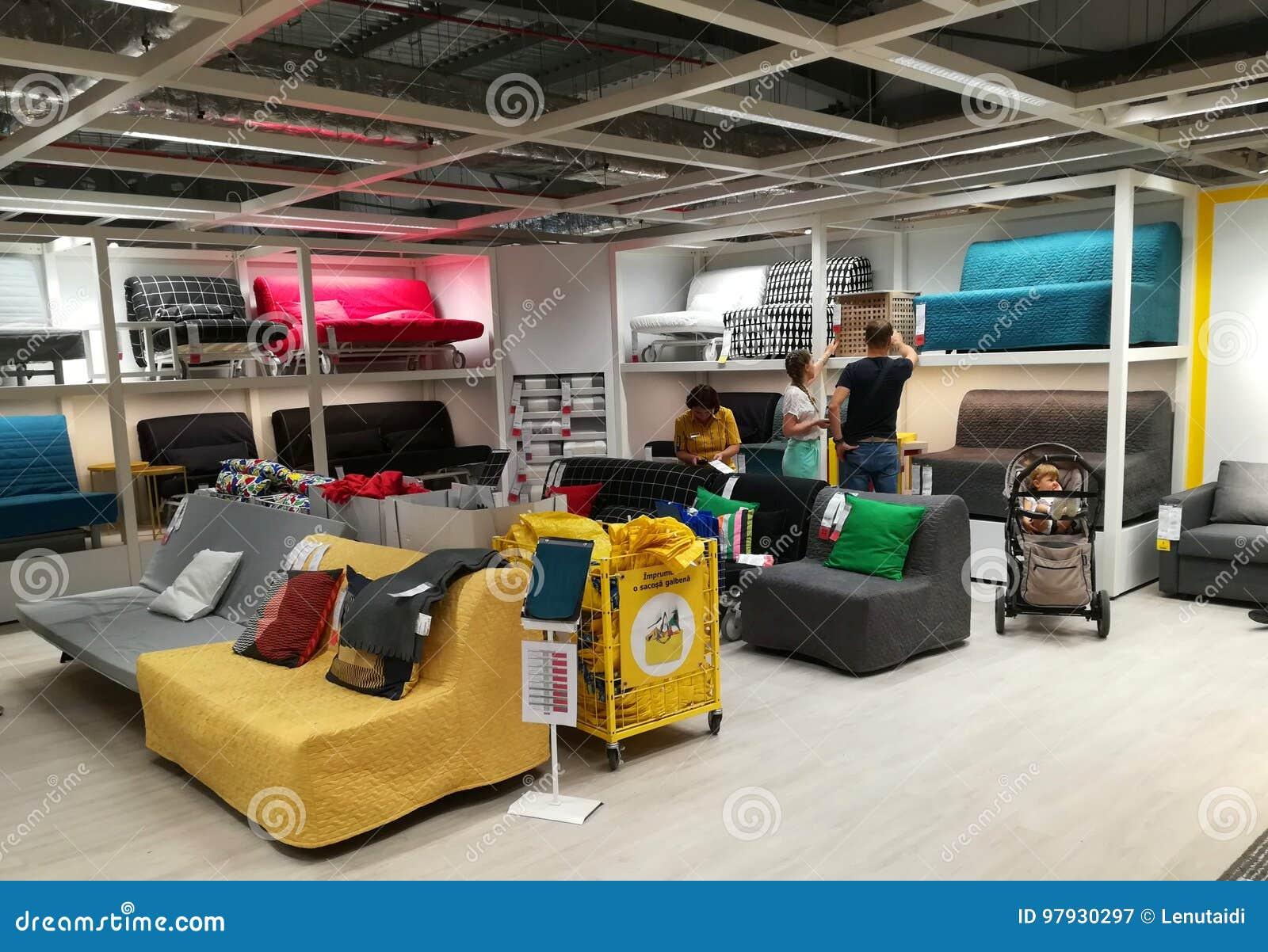 Sofas Bunt Bei Ikea Redaktionelles Stockfotografie Bild Von Rabatt