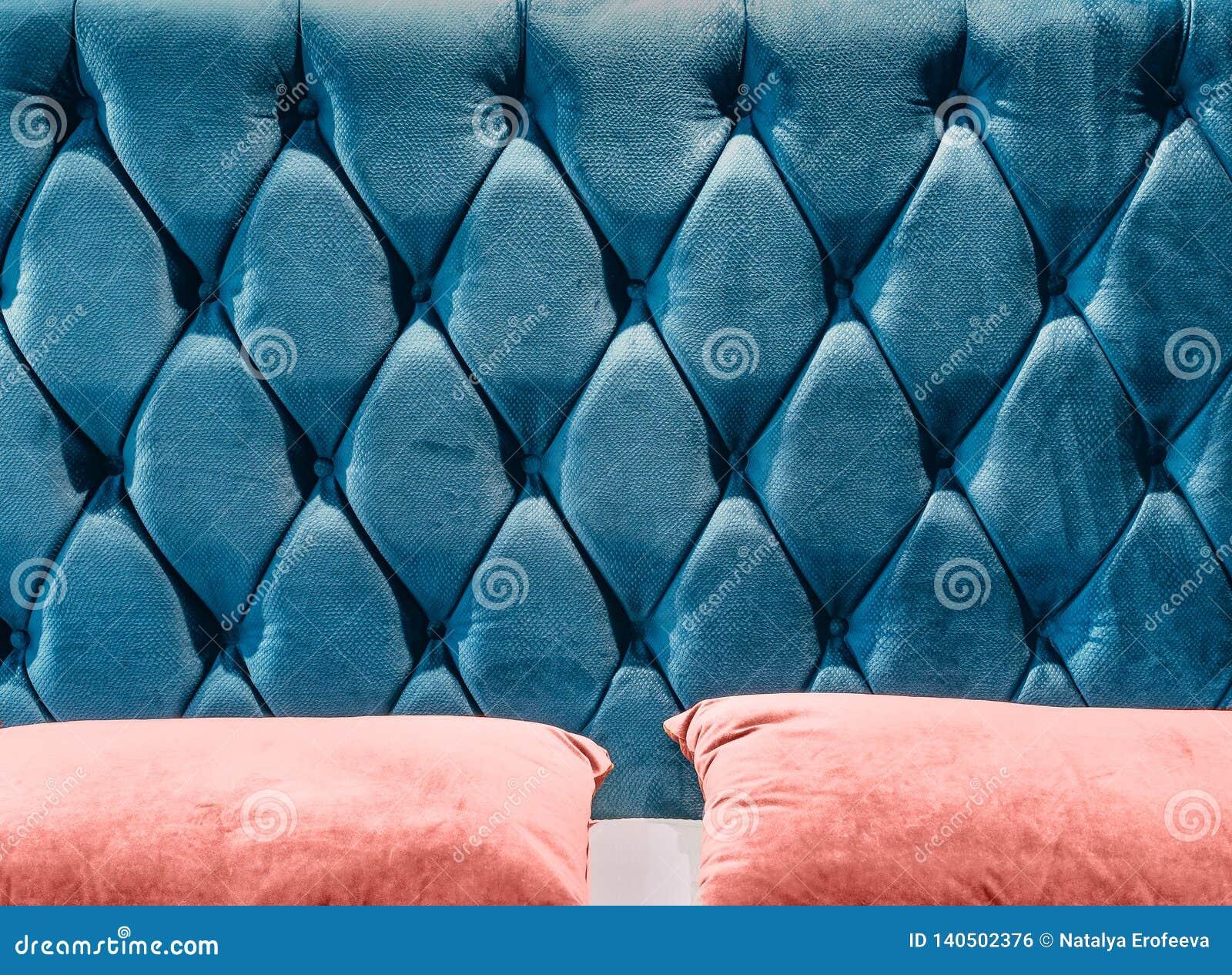 Soffa-typ velourscreed på huvudgaveln som dras åt med knappar Blå för stoppningbakgrund för chesterfieldsoffa stil vadderat slut