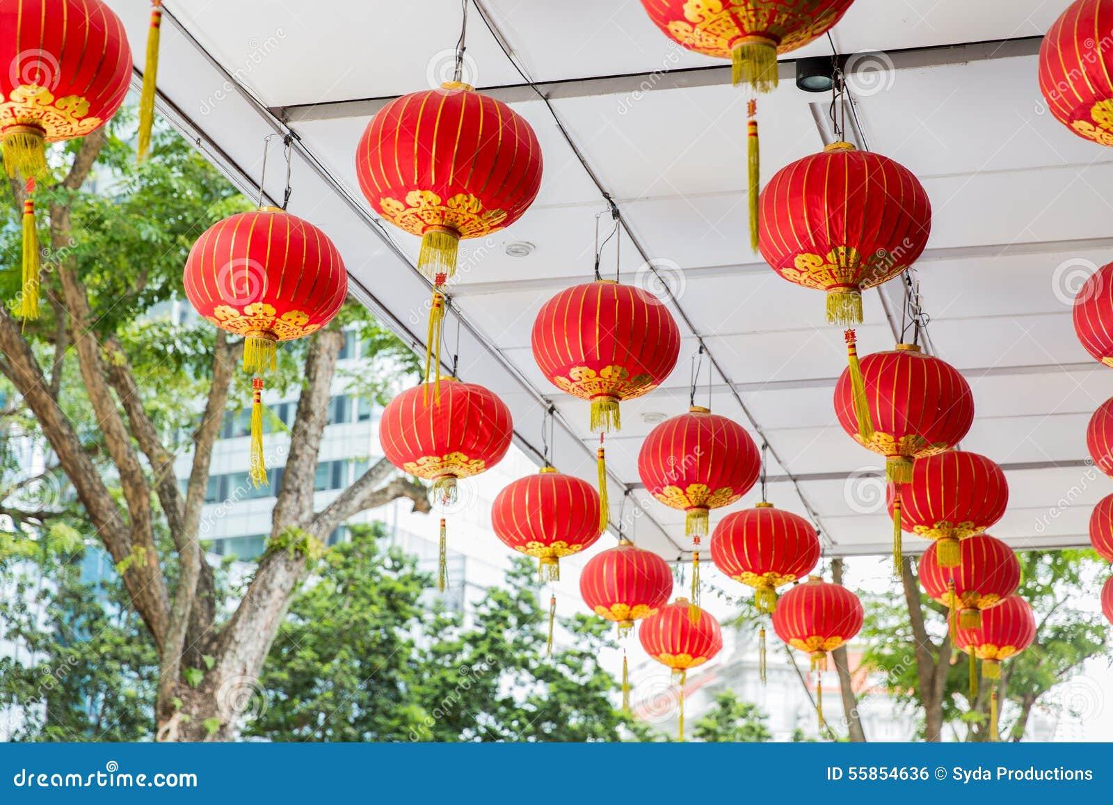 Decorazioni Con Lanterne Cinesi : Soffitto decorato con l attaccatura delle lanterne cinesi