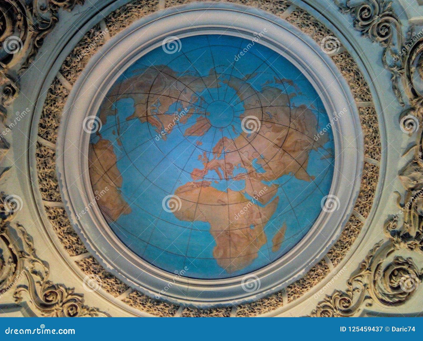 Soffitto del globo della terra