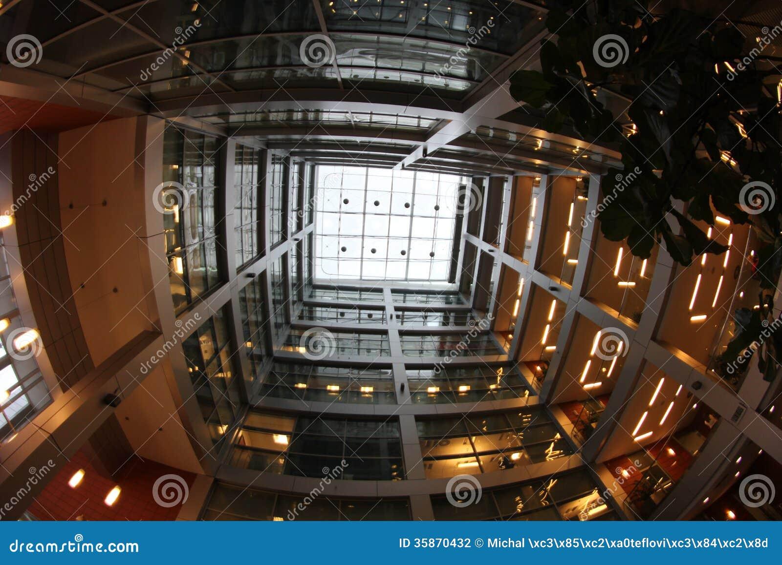 Soffitto Di Vetro Fotografia Stock - Immagine: 35870432