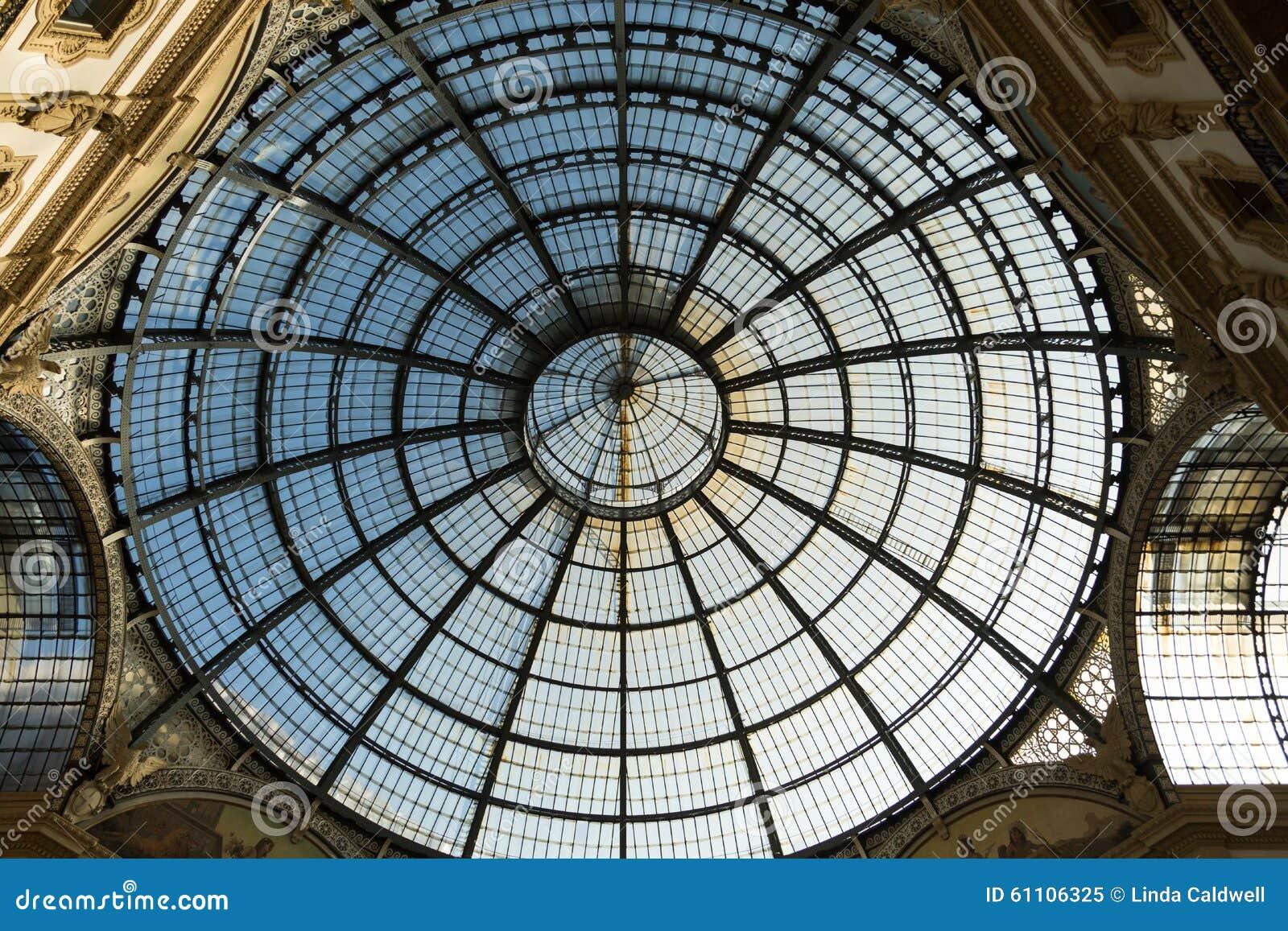 Soffitto Di Vetro, Galleria, Milano, Italia Immagine Stock - Immagine: 61106325