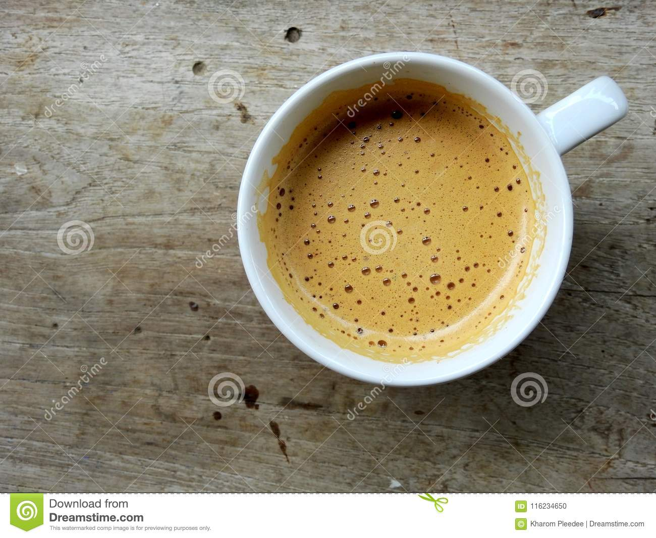 Soft Coffee Brew On Coffee Surface In White Coffee Cup Stock Photo