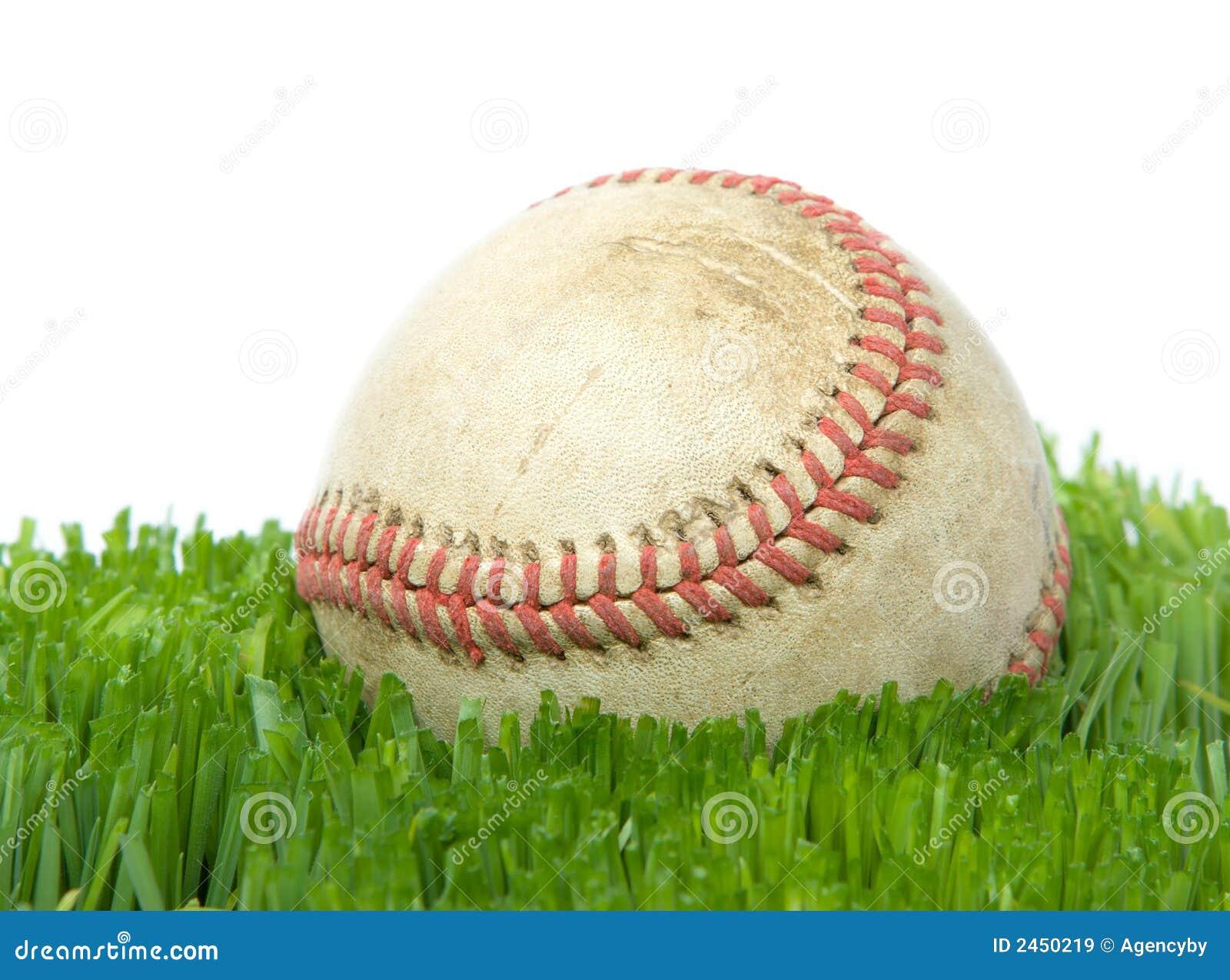 Softball nella fine dell erba in su