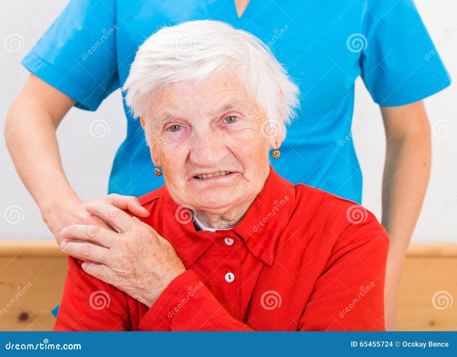 Soins à la maison pluss âgé