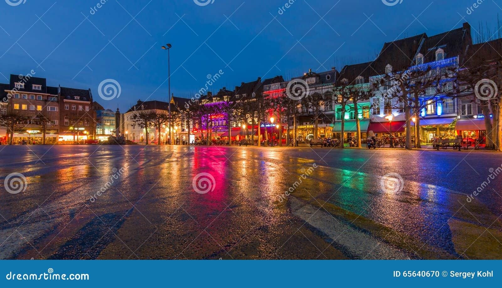 Soirée Maastricht Le centre historique, Vrijthof