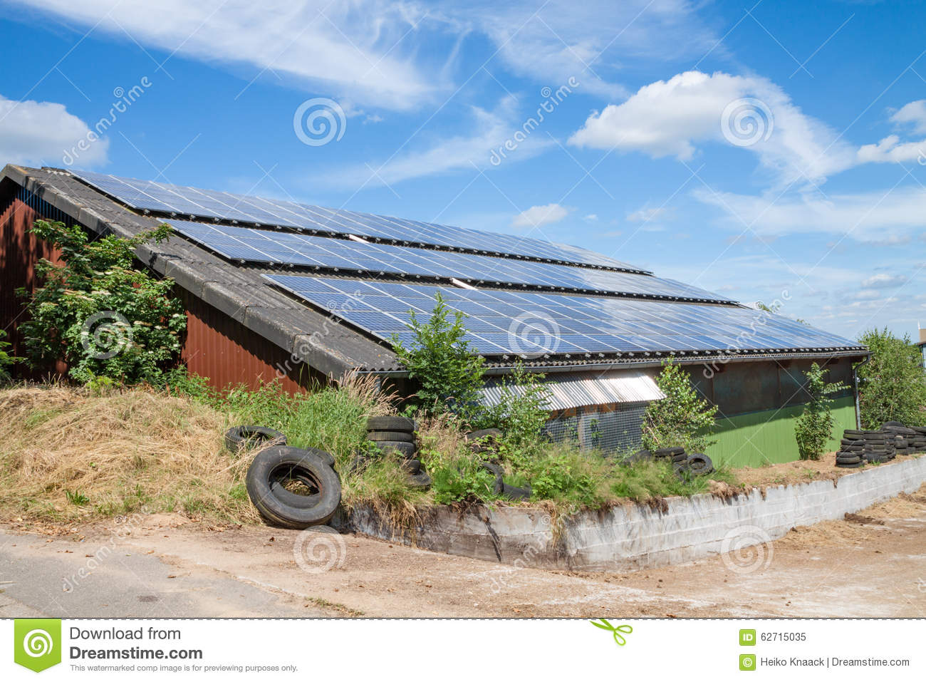 Solar Panels Mounted On A Rooftop Stock Photo - Image: 62715035