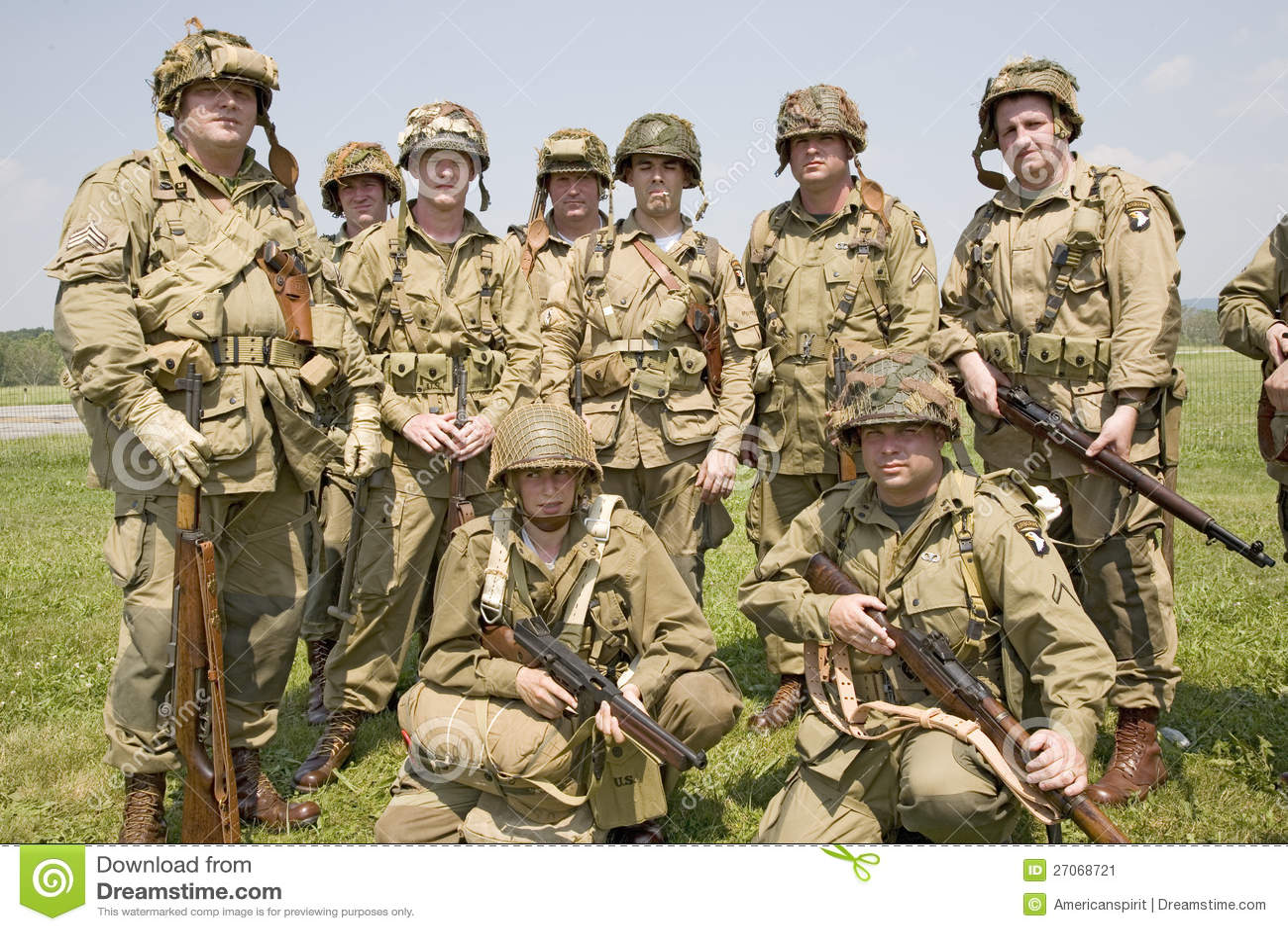 SOLDADO ENROLLADO EN EL EJÉRCITO americano Joes del soldado de infantería