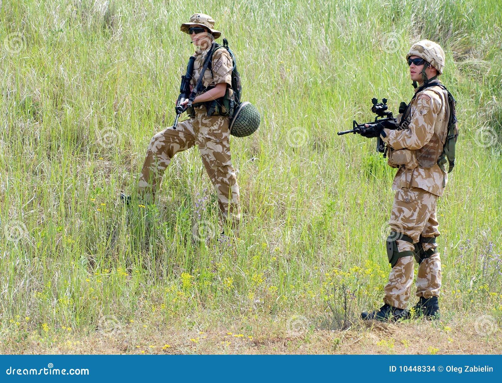 Soldados en la acción