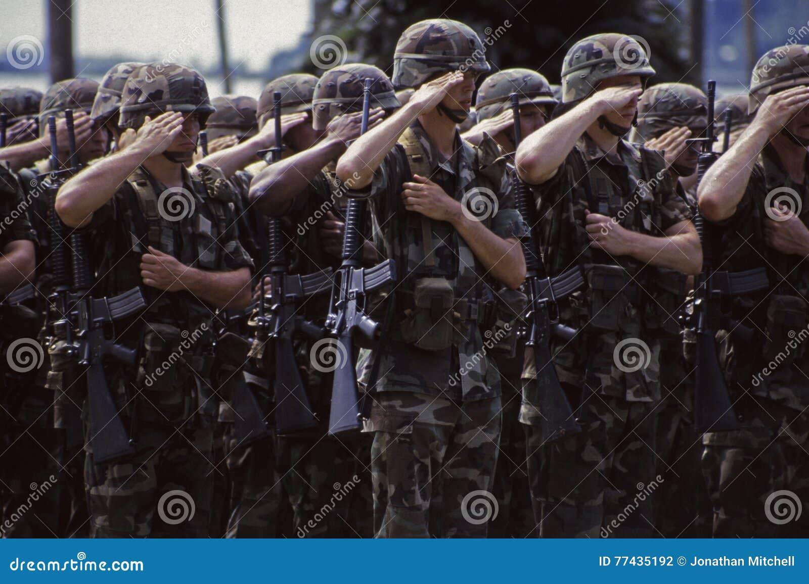 Soldatbegrüßung der AMERIKANISCHEN Armee