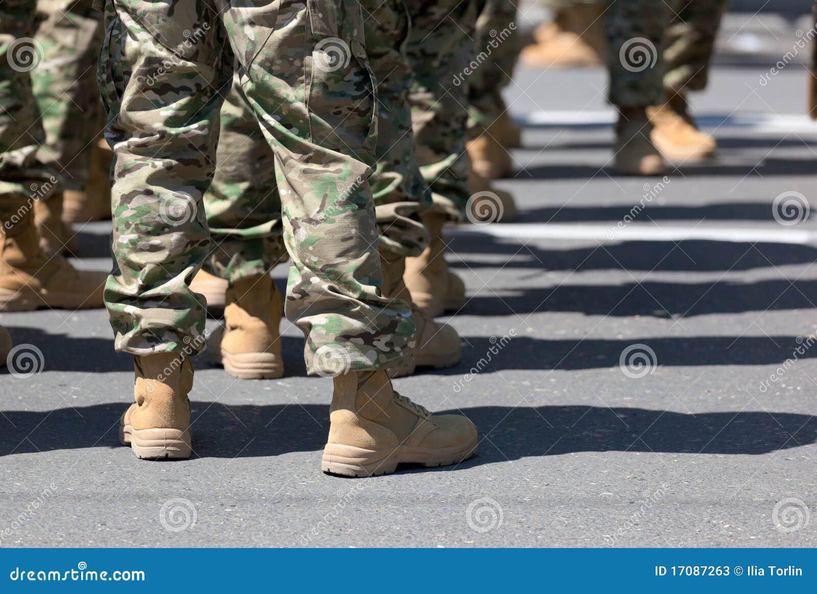 Soldaten in den Matten. Tbilisi. Georgia.