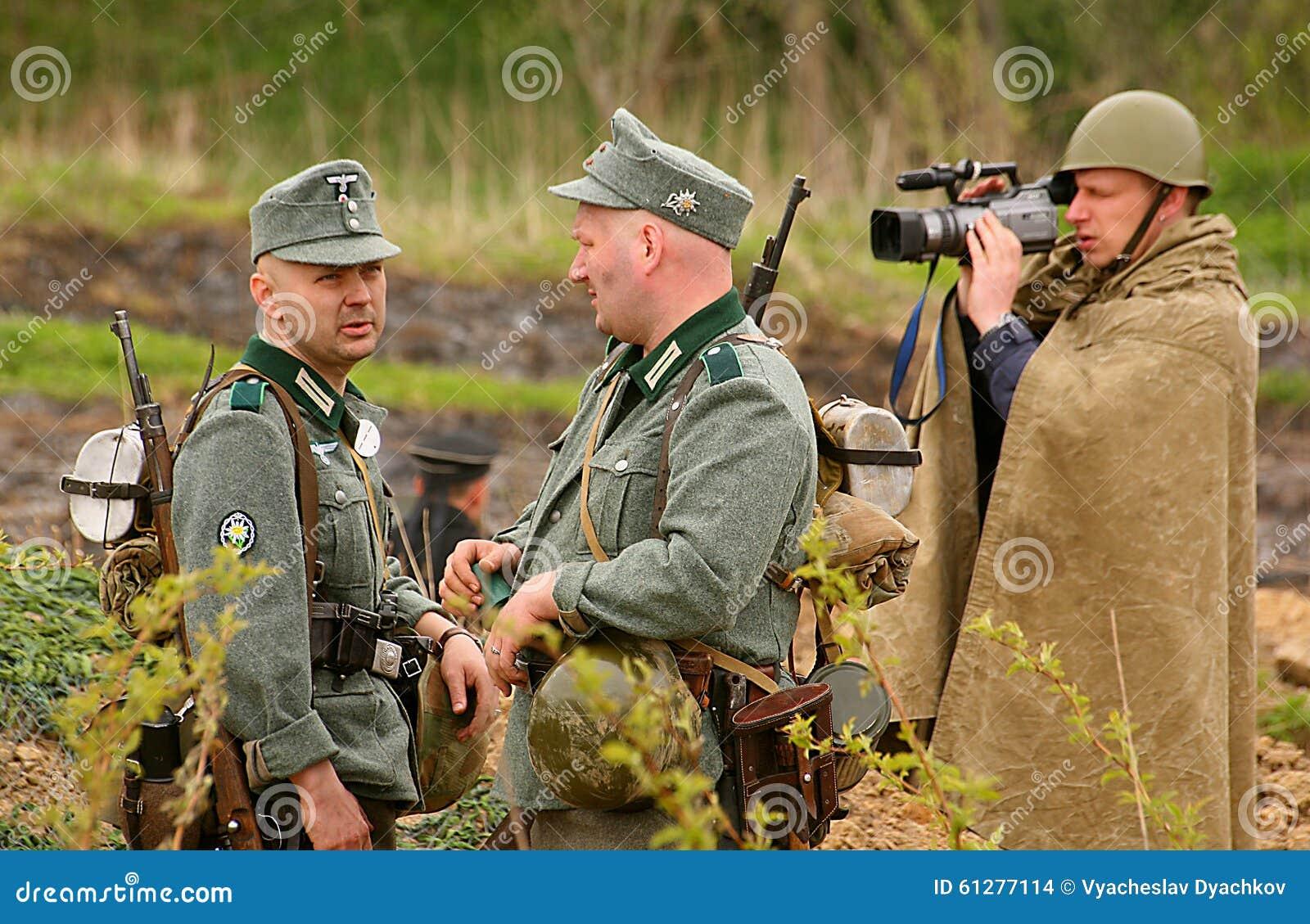 Amato Giovani Soldati Russi Nell'uniforme Della Seconda Guerra Mondiale  PN78