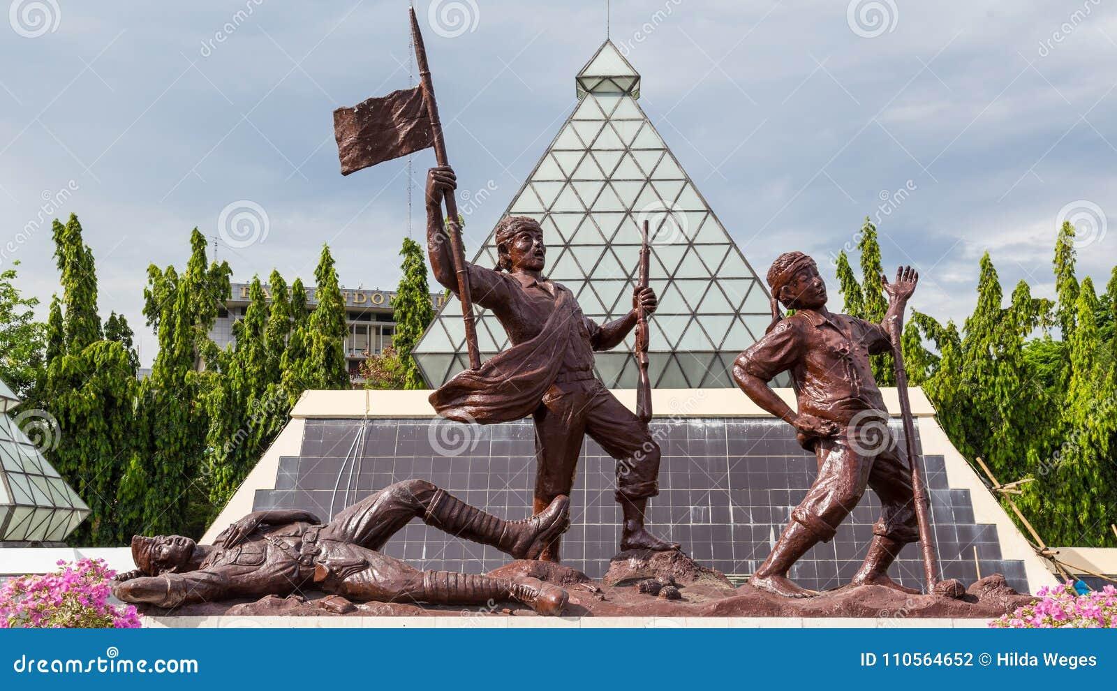 Soldato sconosciuto Surabaya del monumento