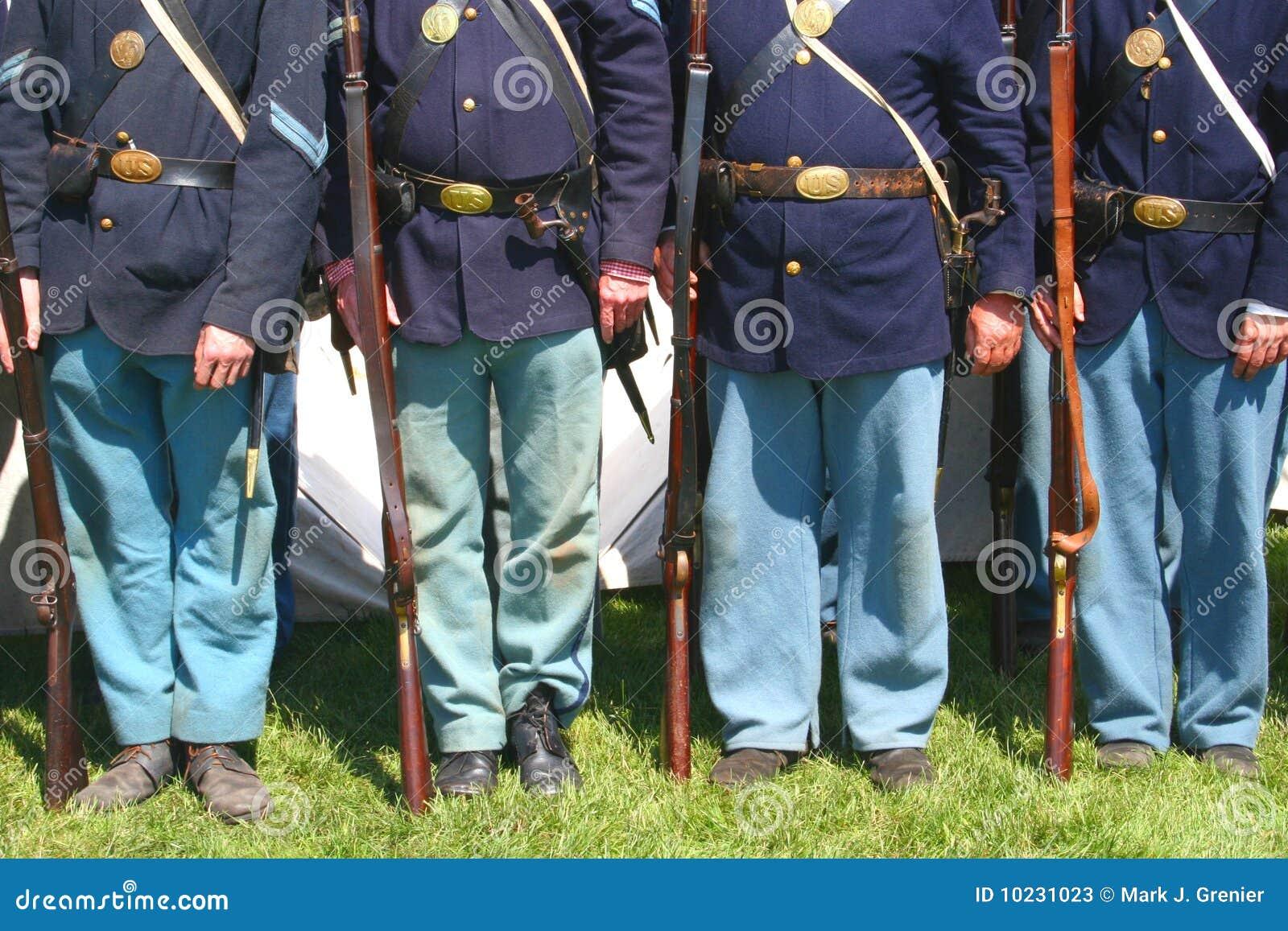 Soldats des syndicats--Rétablissement de guerre civile