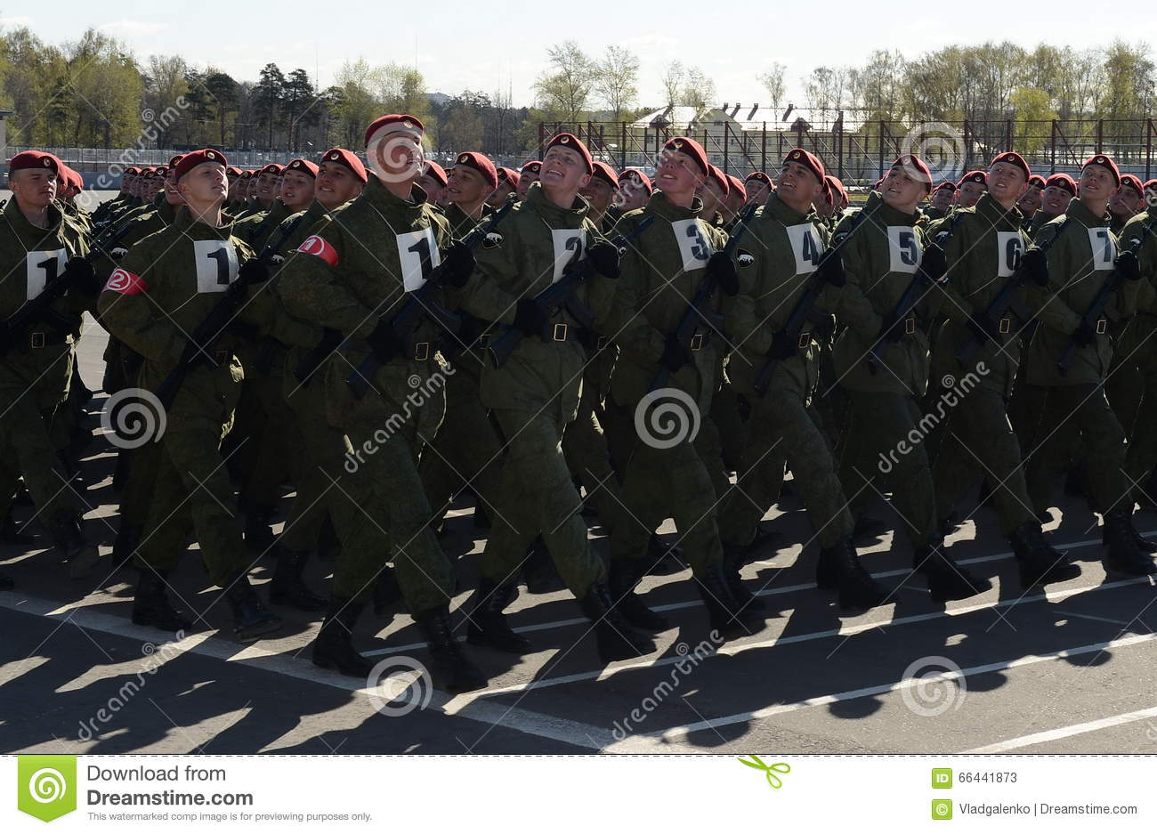 The soldiers of internal troops of the MIA of Russia are preparing to parade on red square.