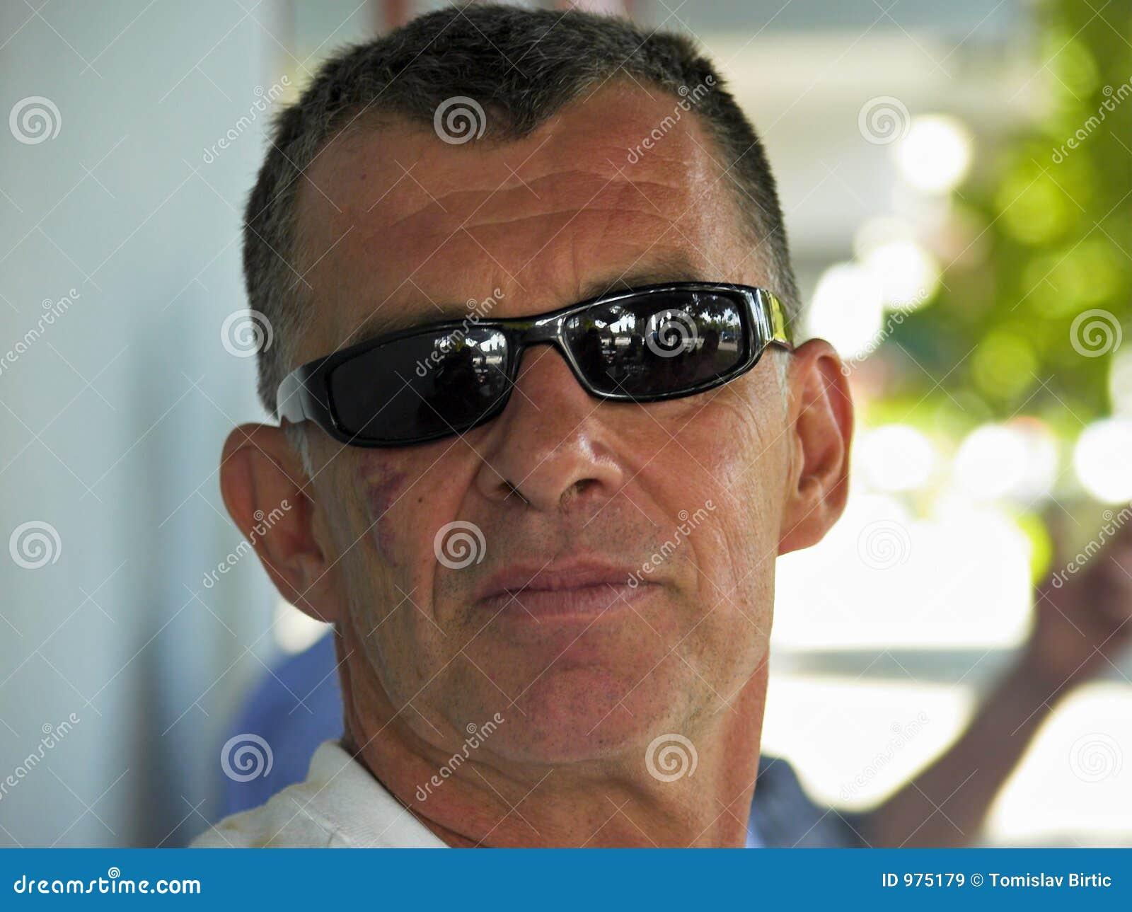 Solglasögon för manstående s