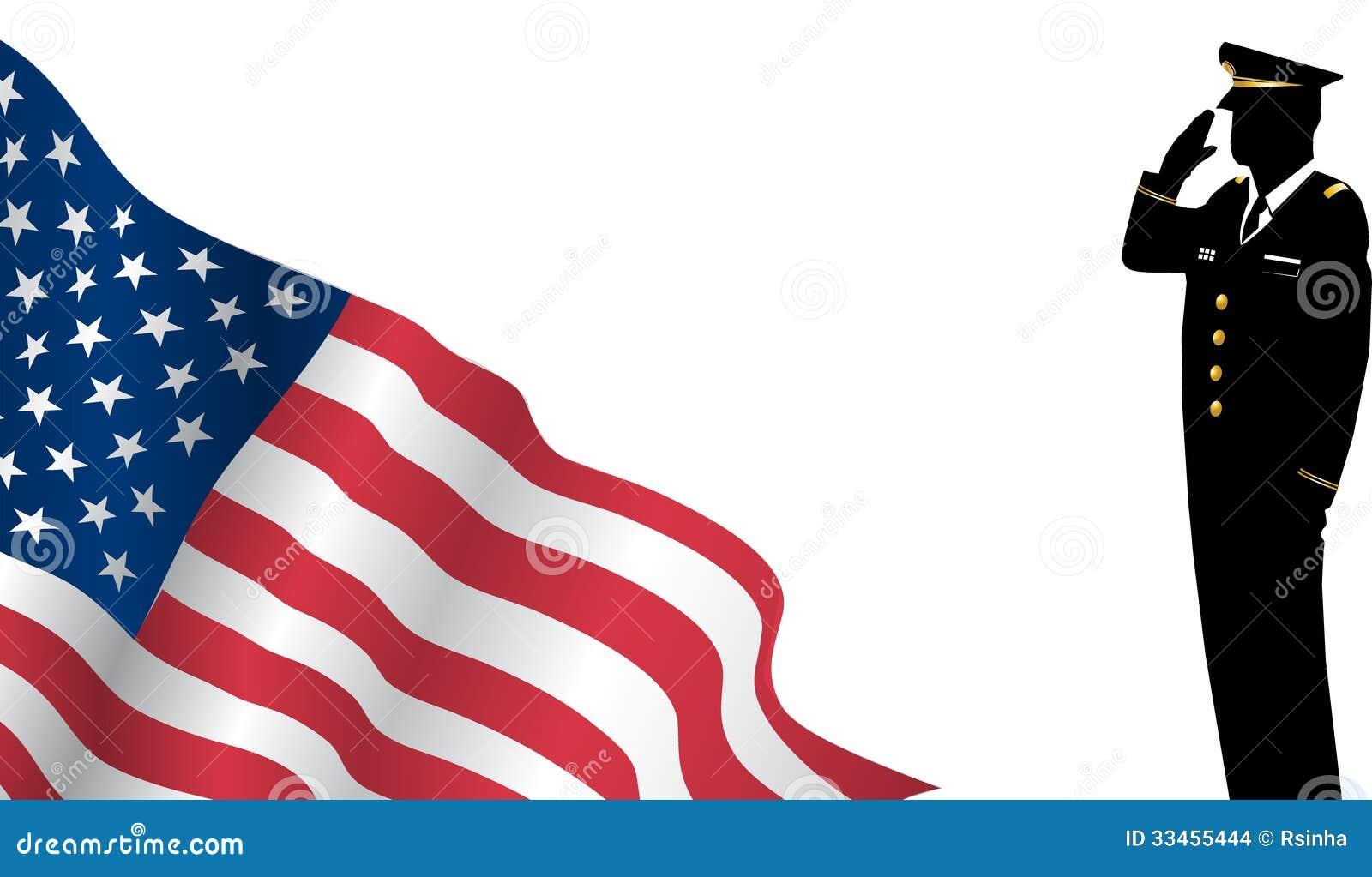 Solider que se coloca en Front Of Us Flag Saluting