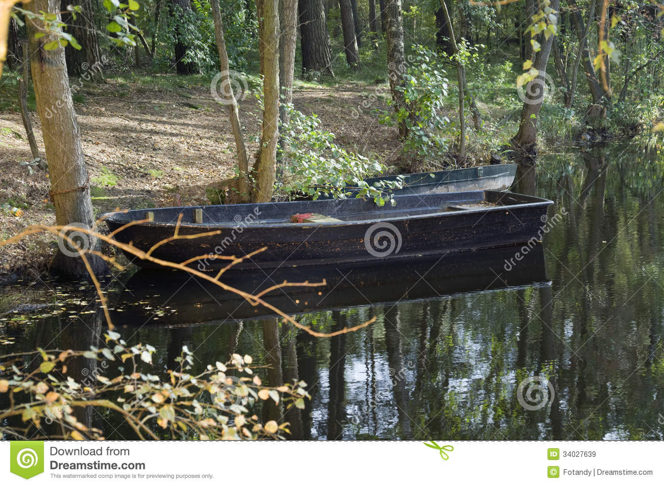 Solitary fishing boat royalty free stock images image for 21 iceboat terrace for sale