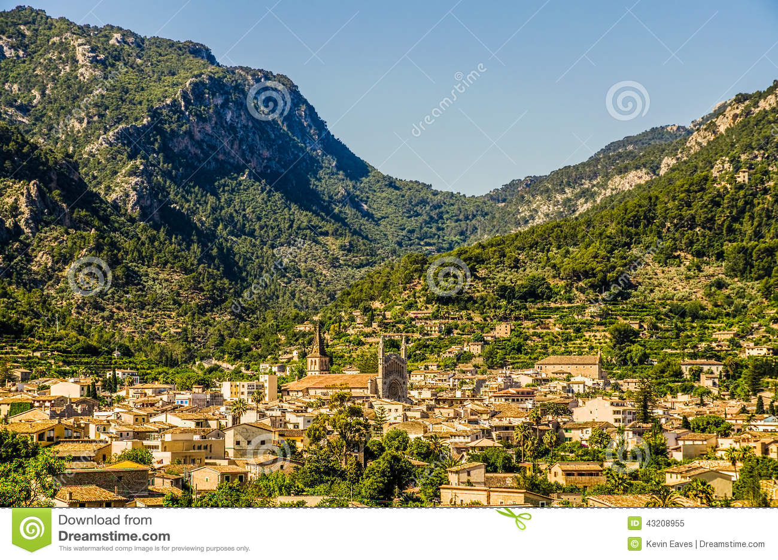 Download Soller i Mallorca fotografering för bildbyråer. Bild av spain - 43208955