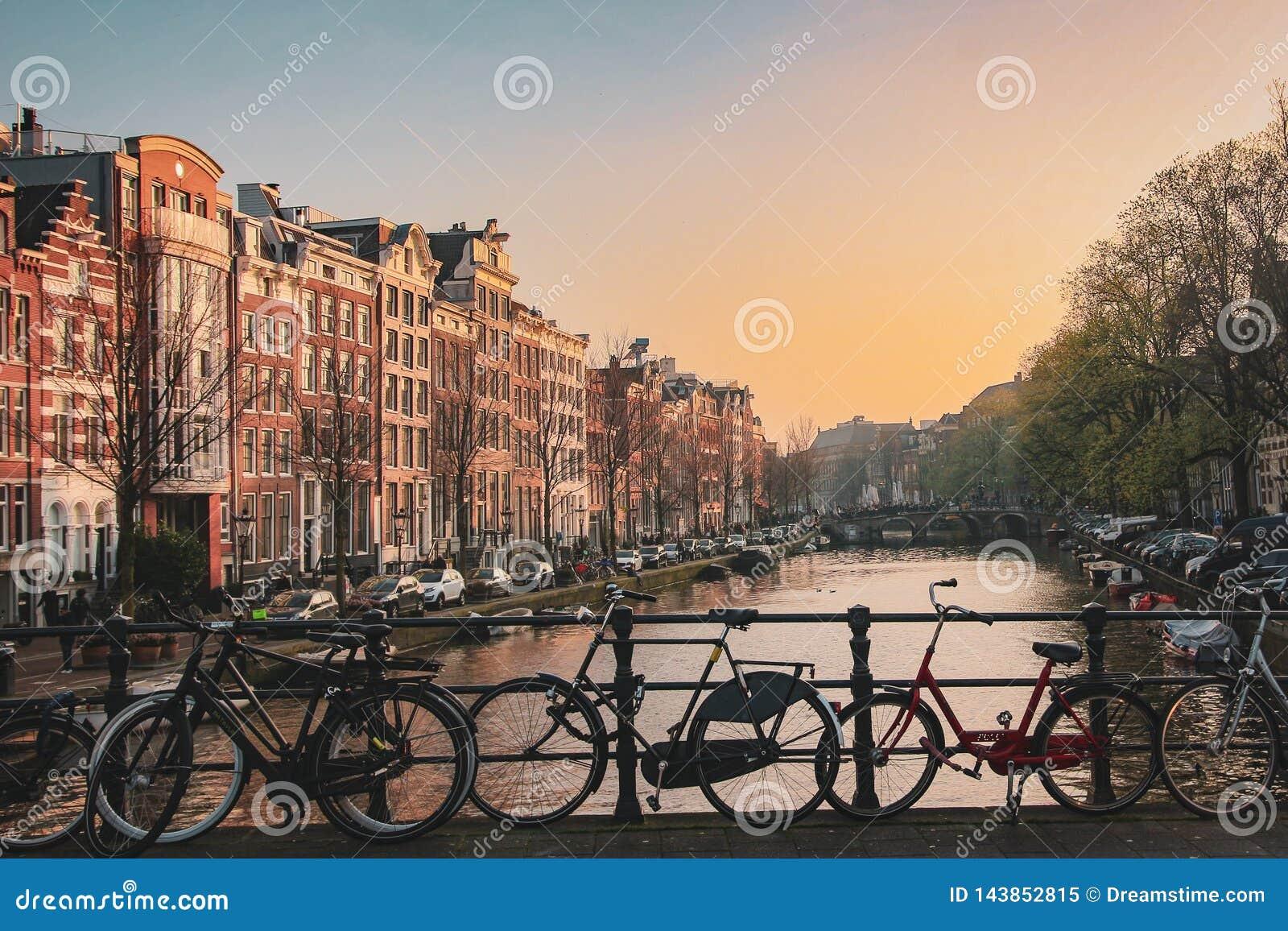 Solnedgång i Amsterdam