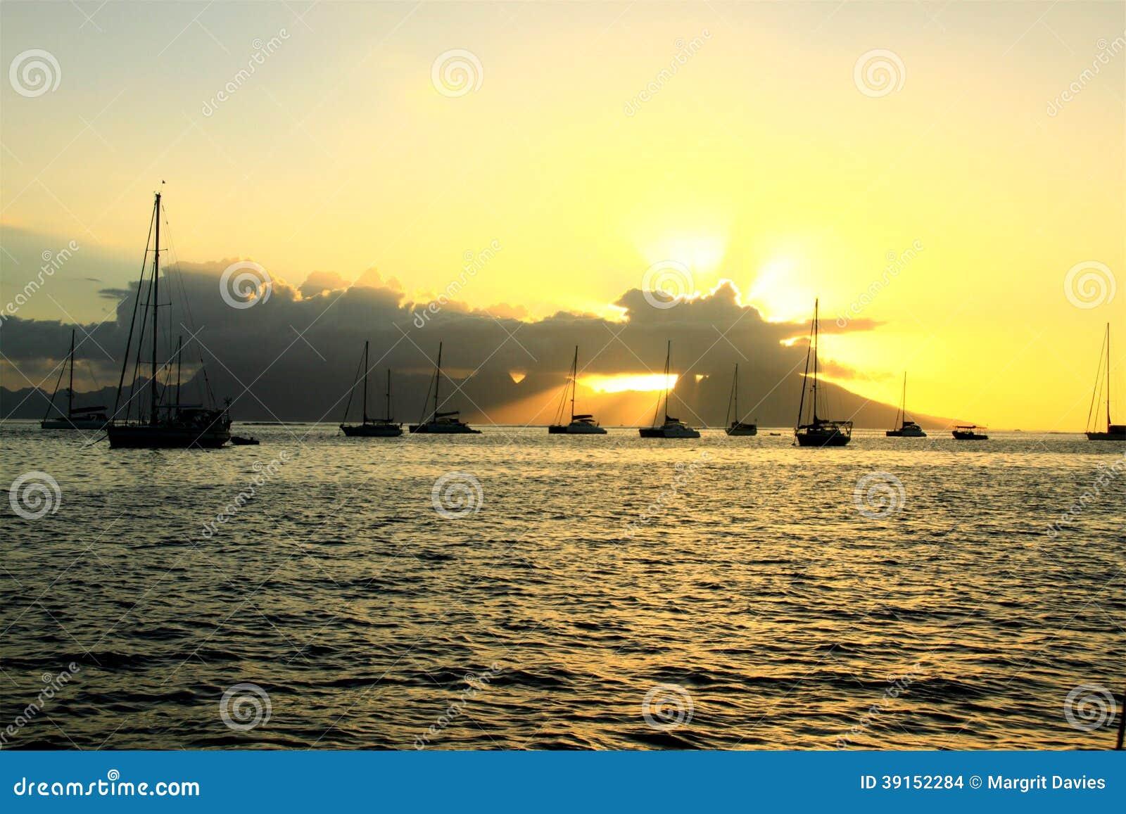 Solnedgång i fjärden