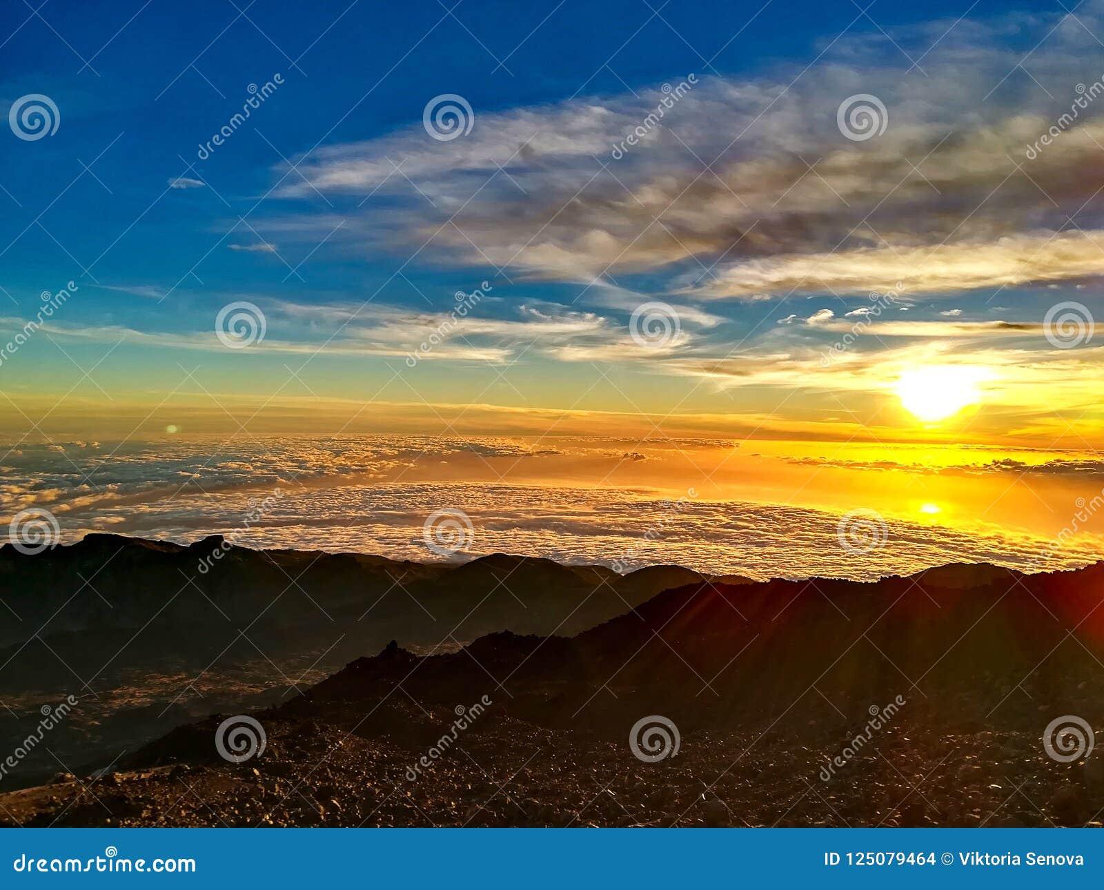 Solnedgång på överkanten av Pico del Teide