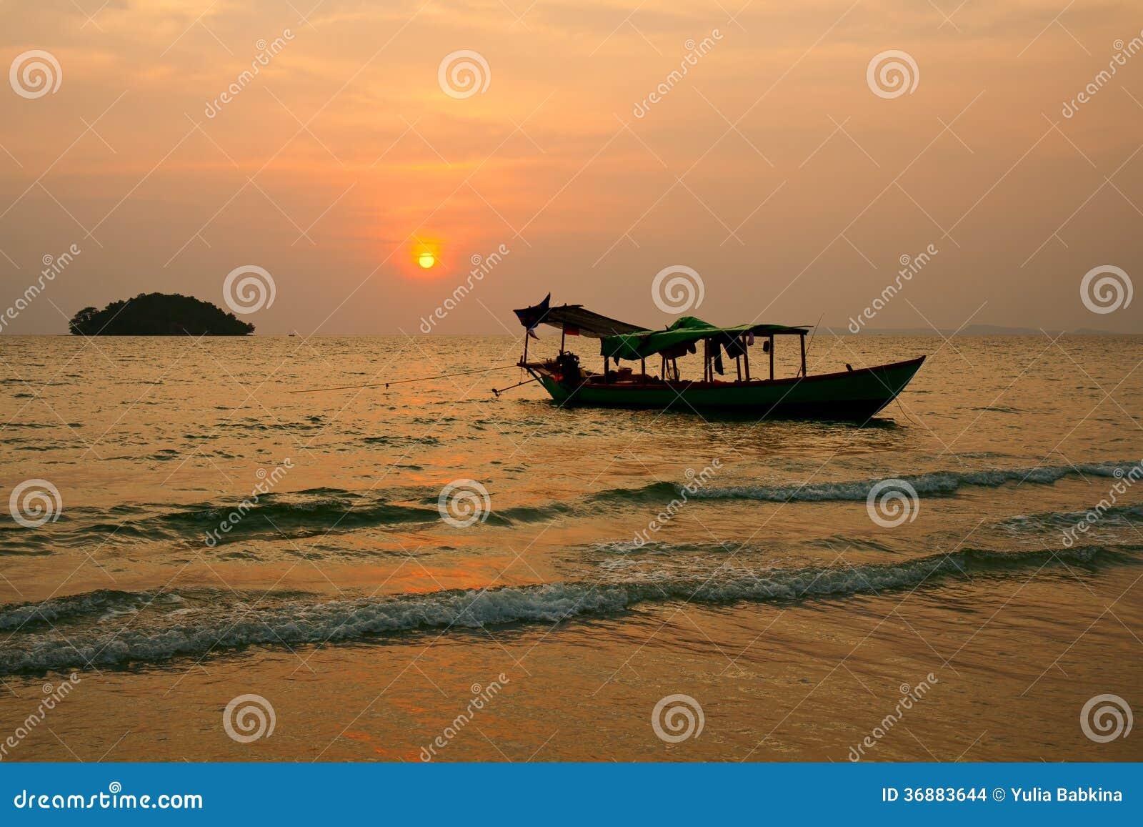 Solnedgång på Cambodja