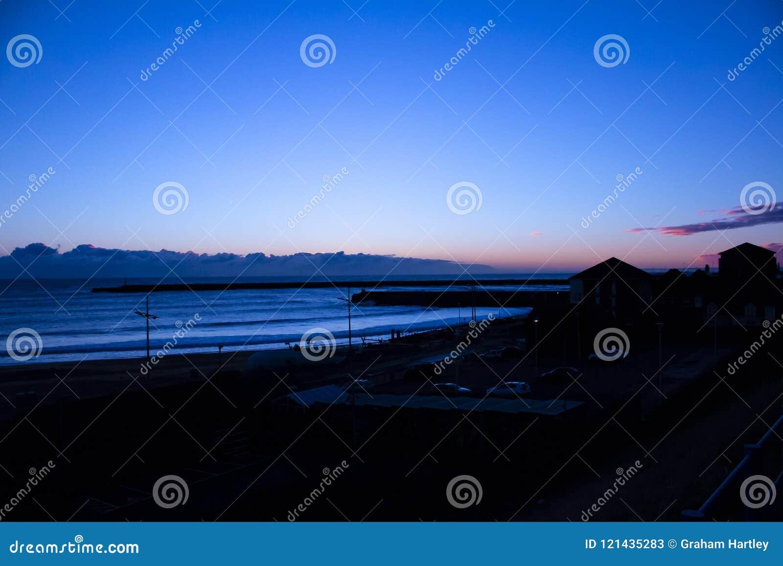 Solnedgång på havsframdelen