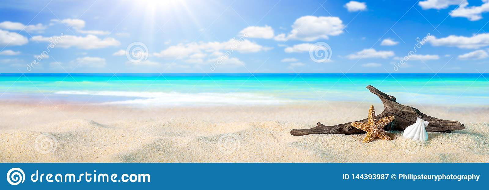 Solsken på stranden