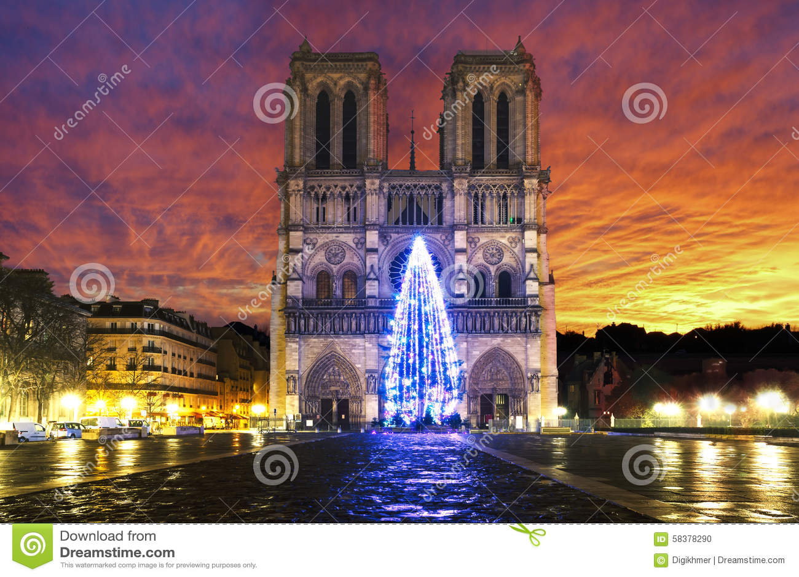 Soluppgång över Notre Dame de Paris