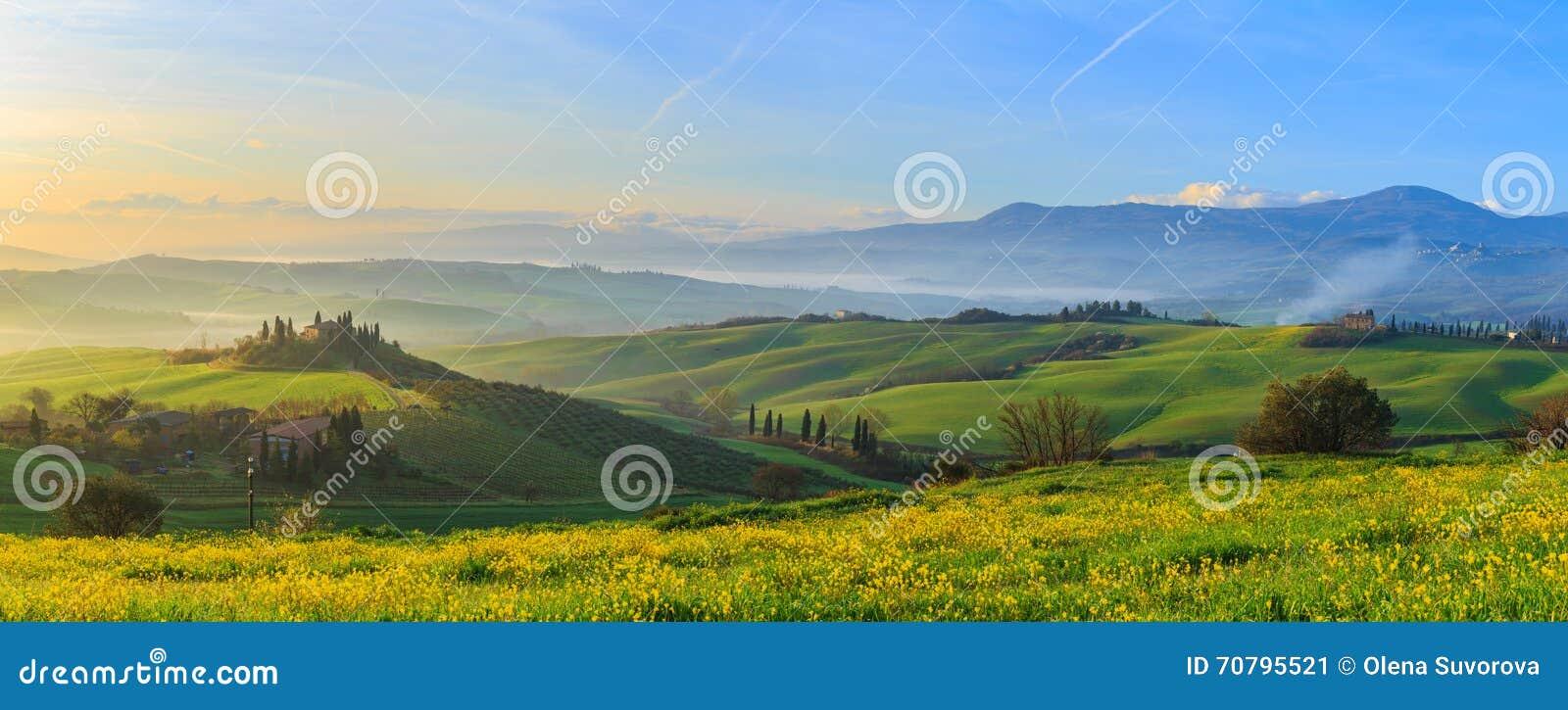 Soluppgång tuscany