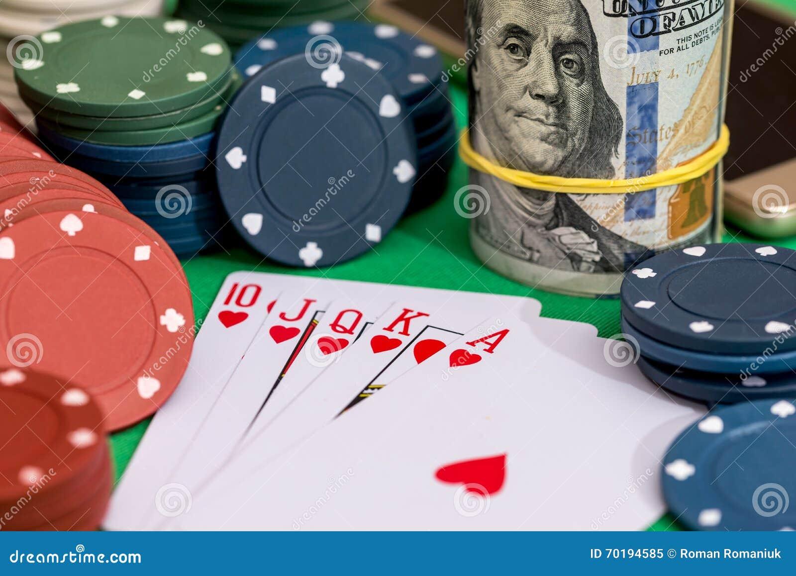 10 som gör ett ess på rak spolning för hjärta på poker och kasino, gå i flisor, pengar