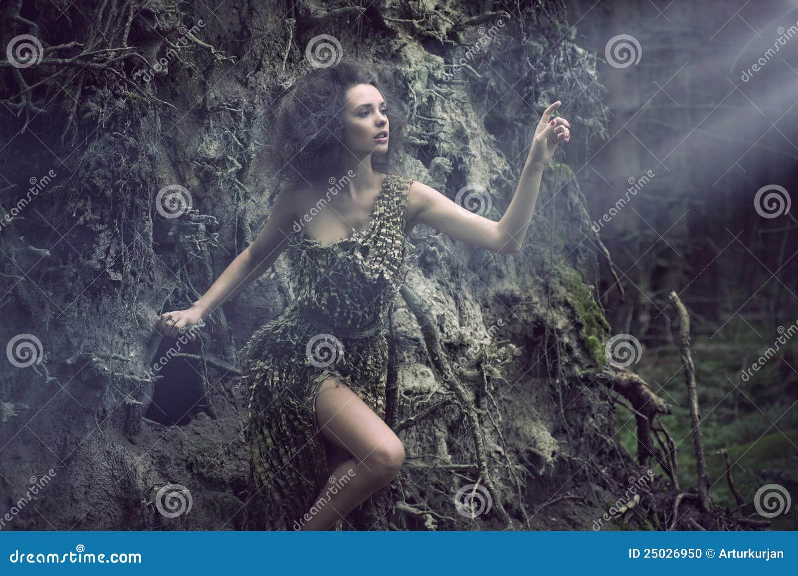 Som sexig treekvinna för del