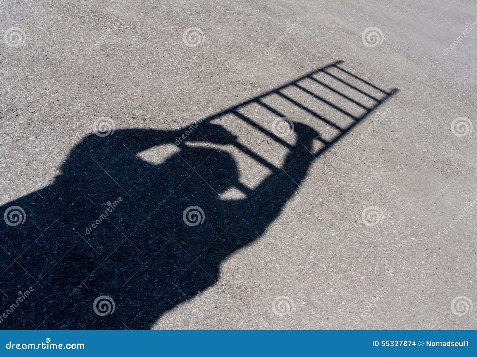Sombra del hombre que sube