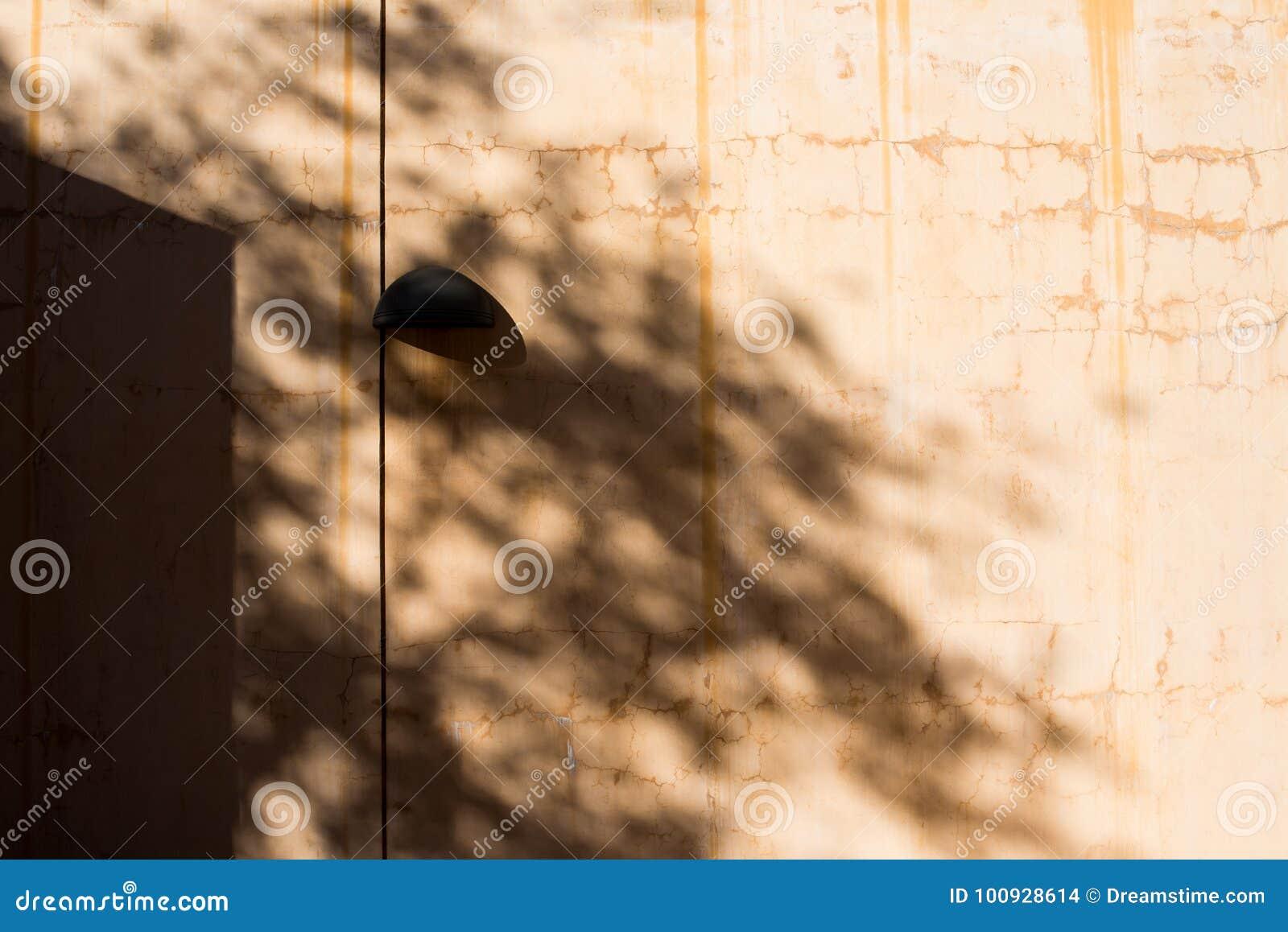 Sombras em um dispositivo bonde claro