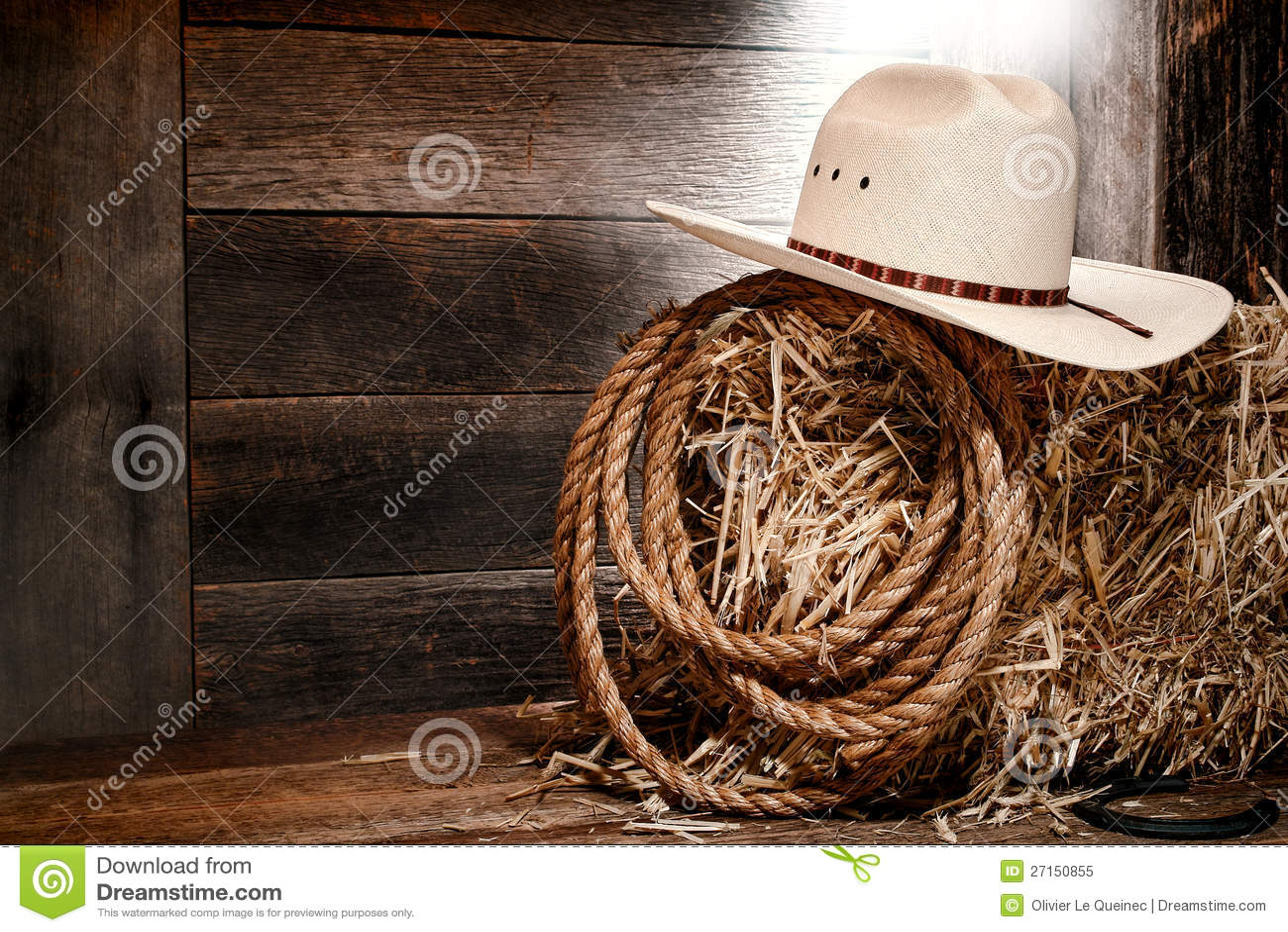Sombrero de paja del oeste americano del vaquero del rodeo en la bala de heno