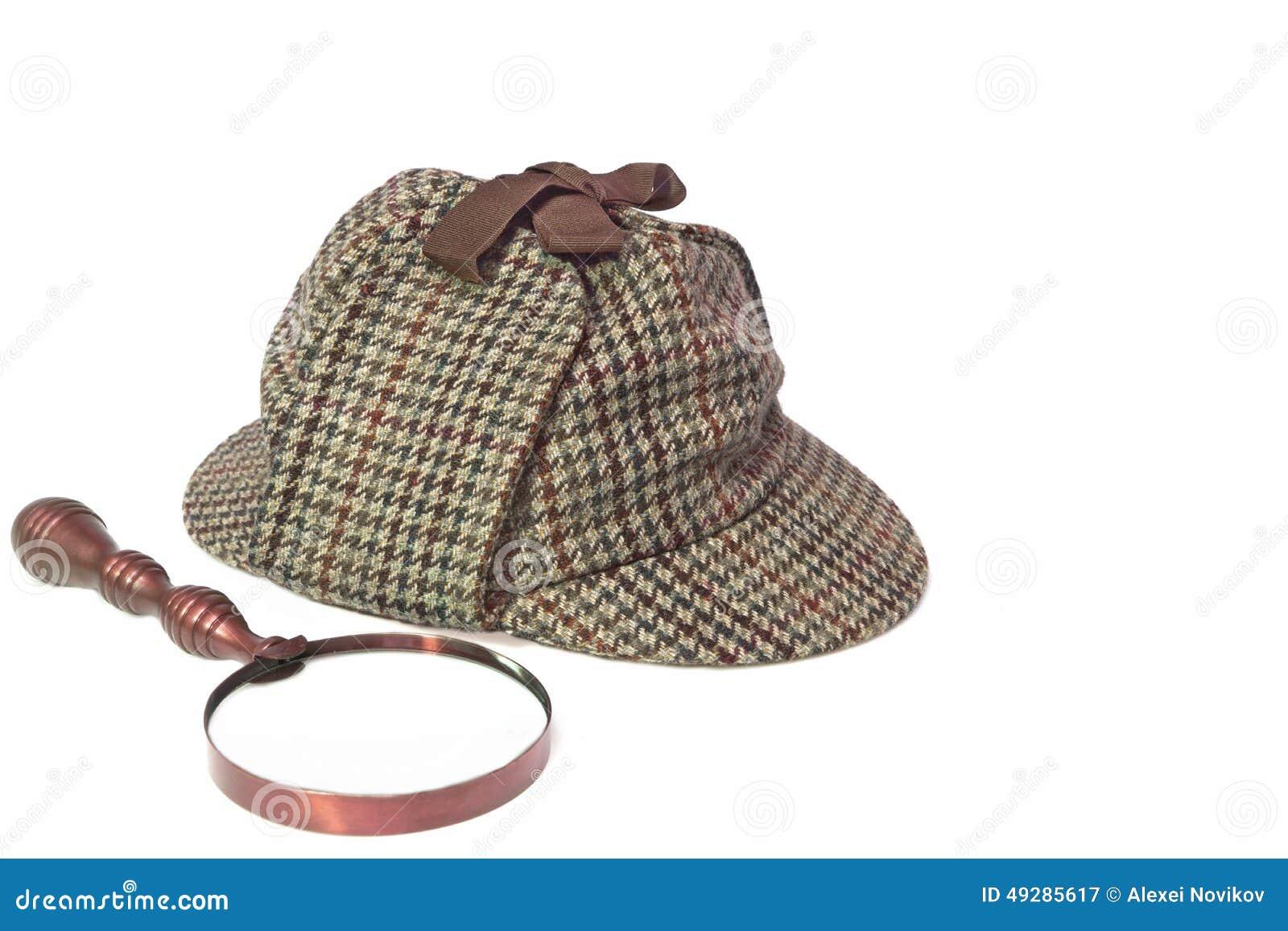 Sombrero de Sherlock Holmes Hat o del Deerstalker y lupa retra aislados en  blanco c8cb5e80e7f