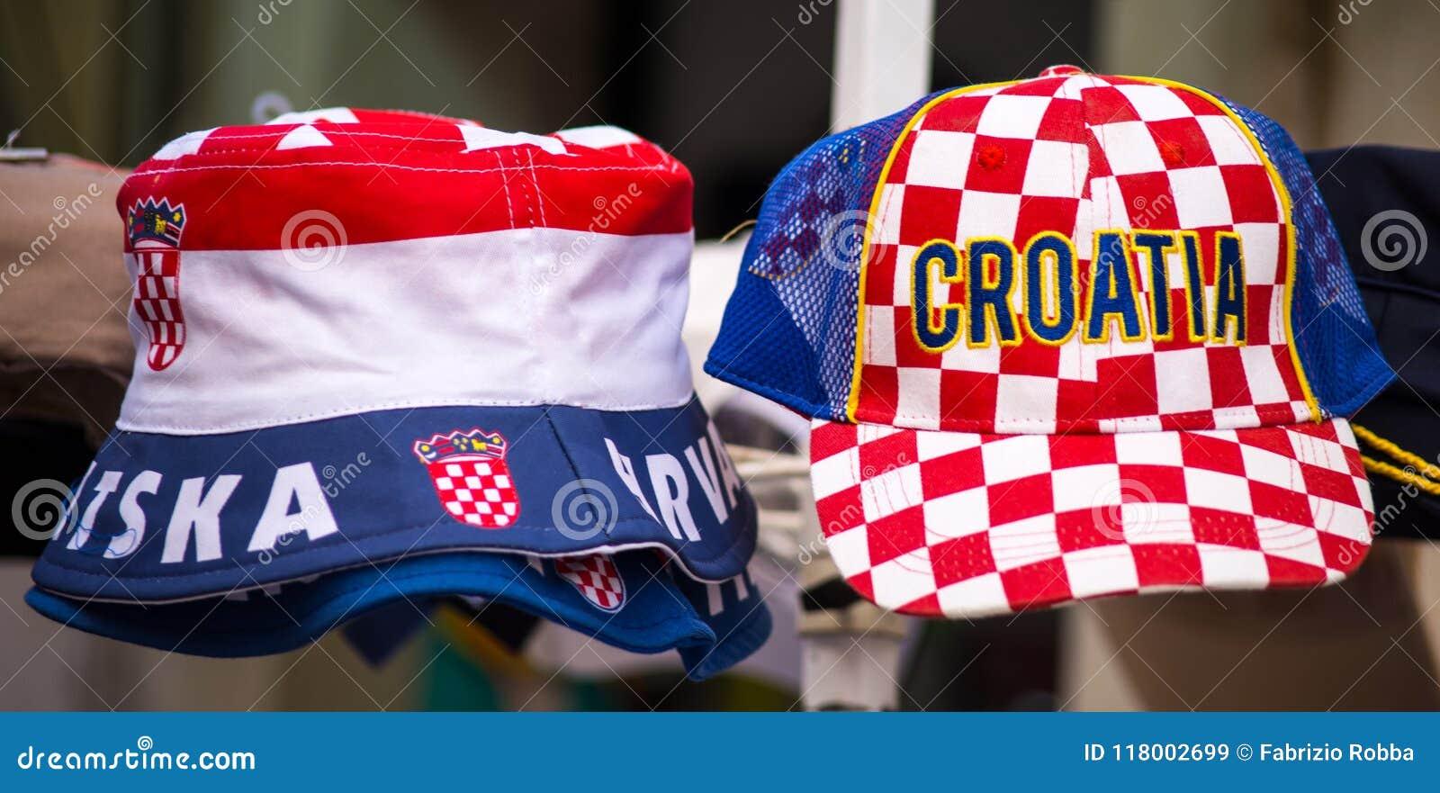 Sombreros coloridos del recuerdo de Croacia en venta
