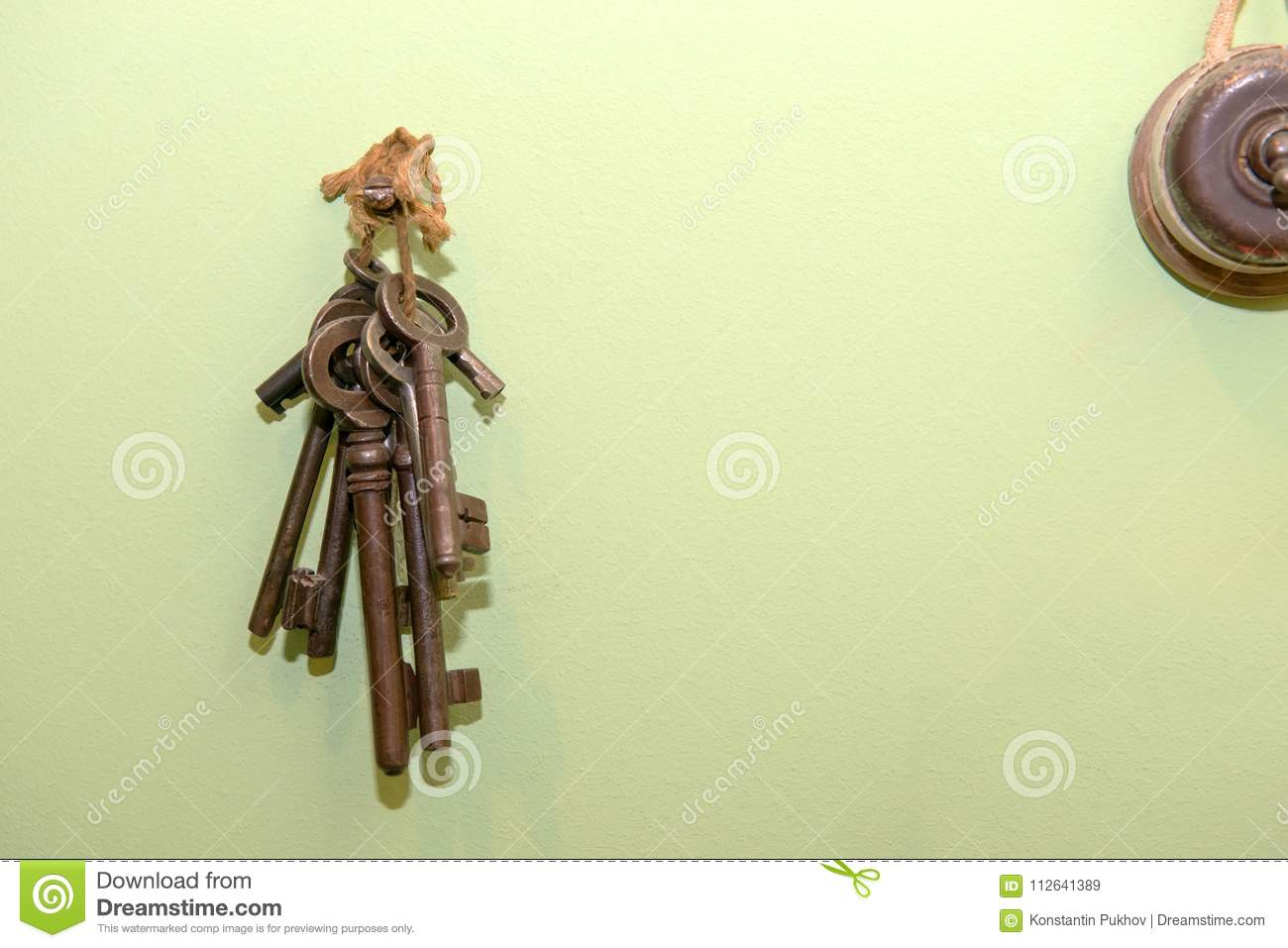 Some vintage keys stock image. Image of brown, access - 112641389
