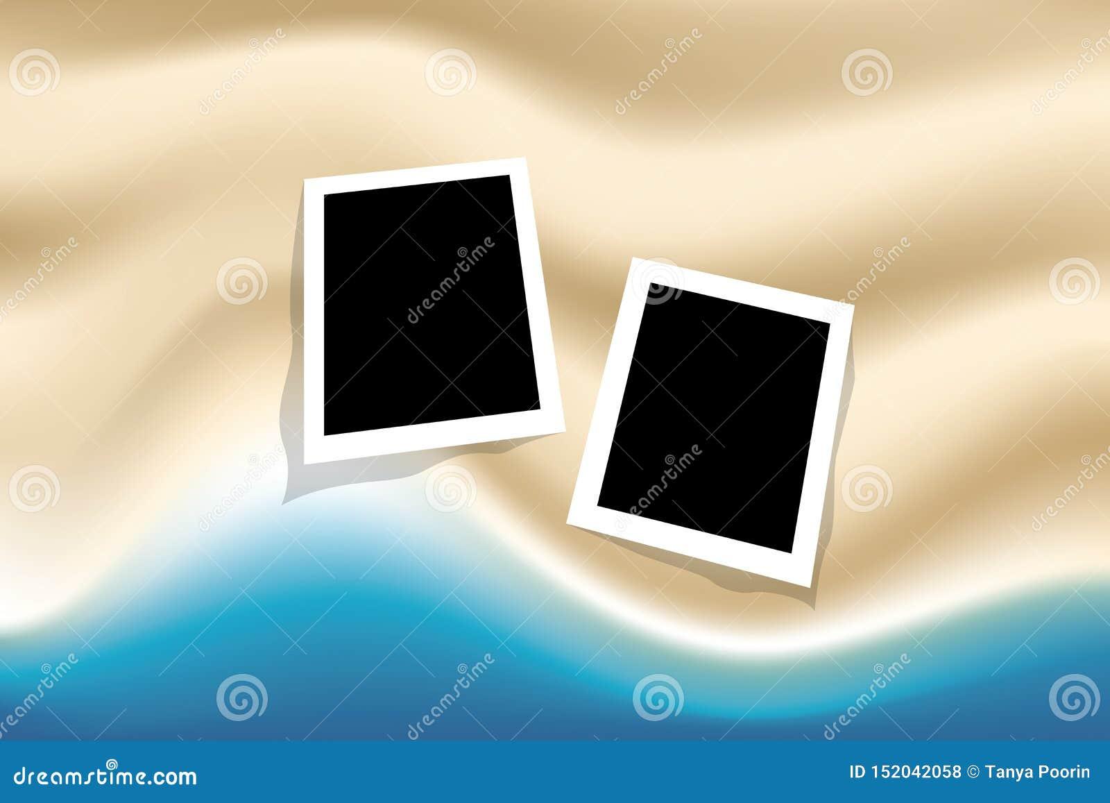 Sommarbakgrund med fotoramen beskådar överst havet och stranden