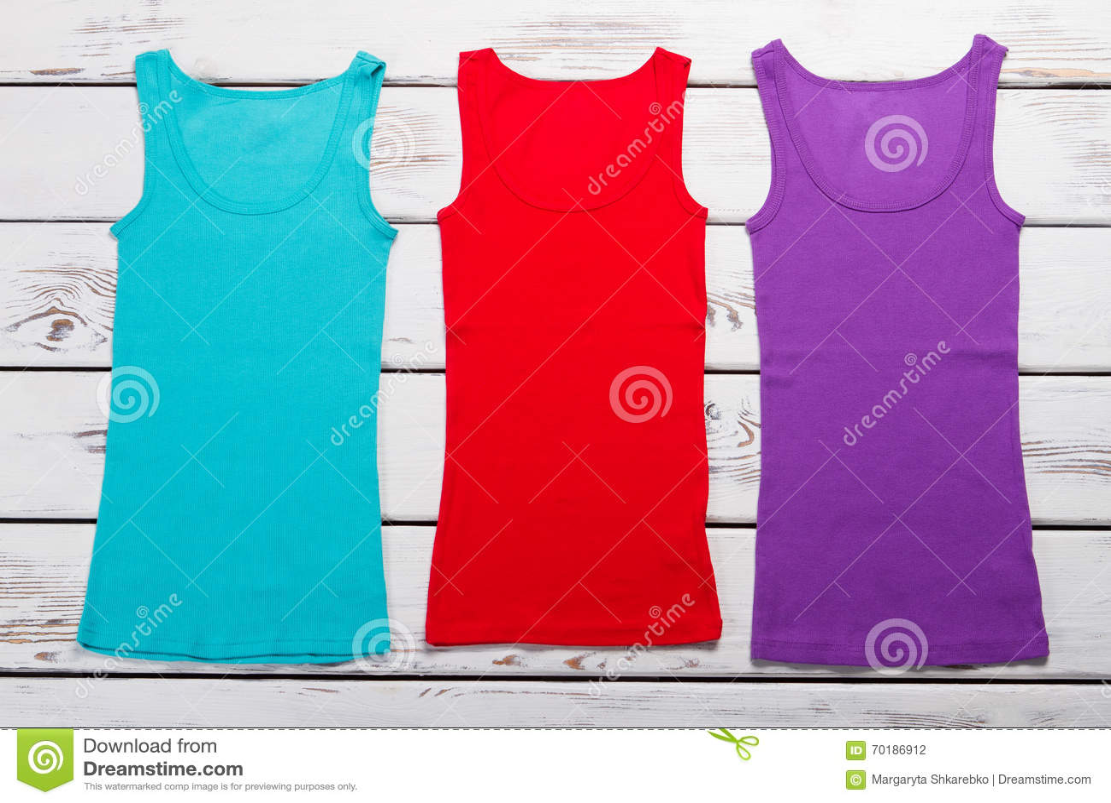 Sommarkvinnors T-tröja för varje dag