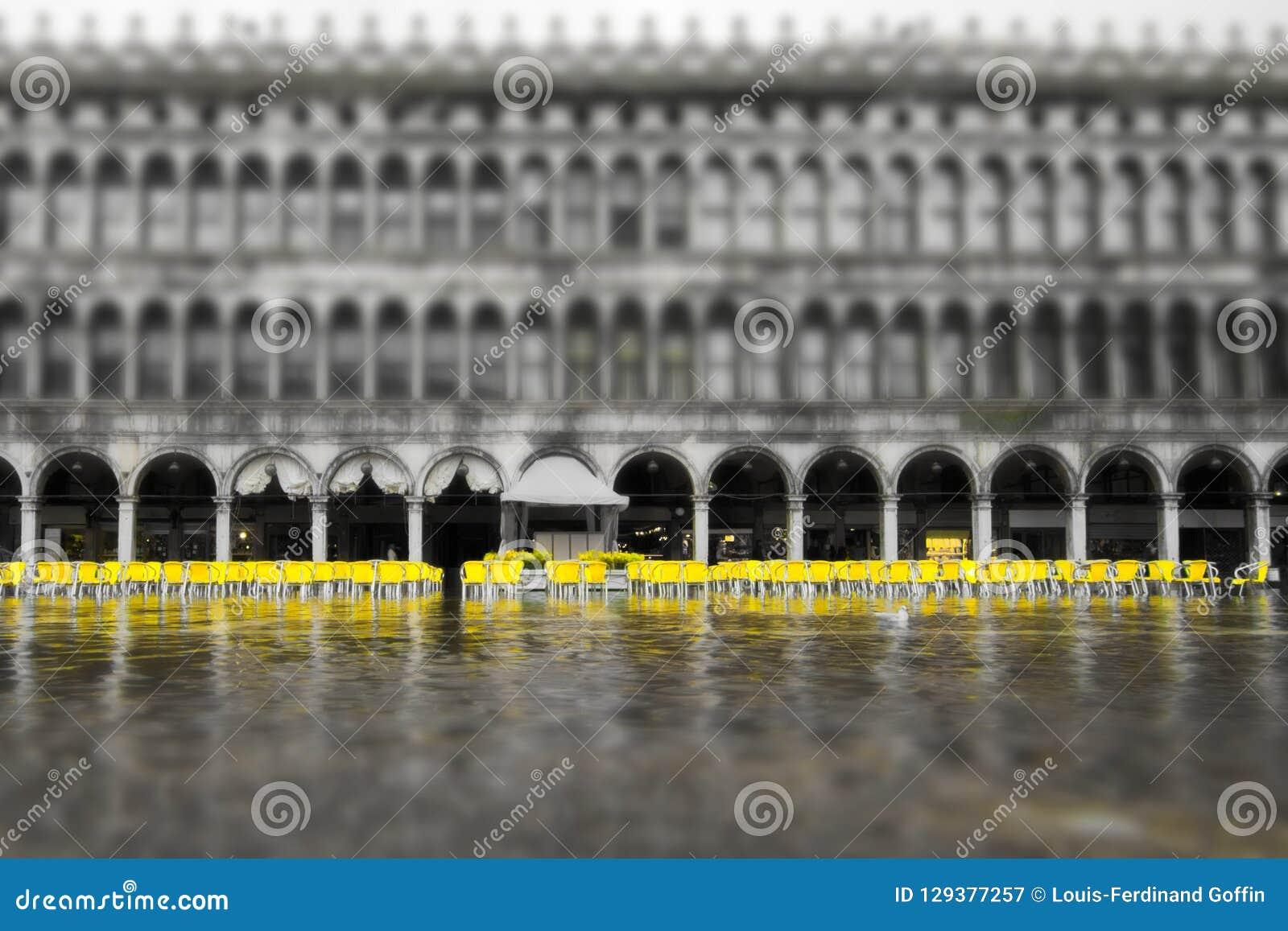 Sommergendosi su San Marco Square