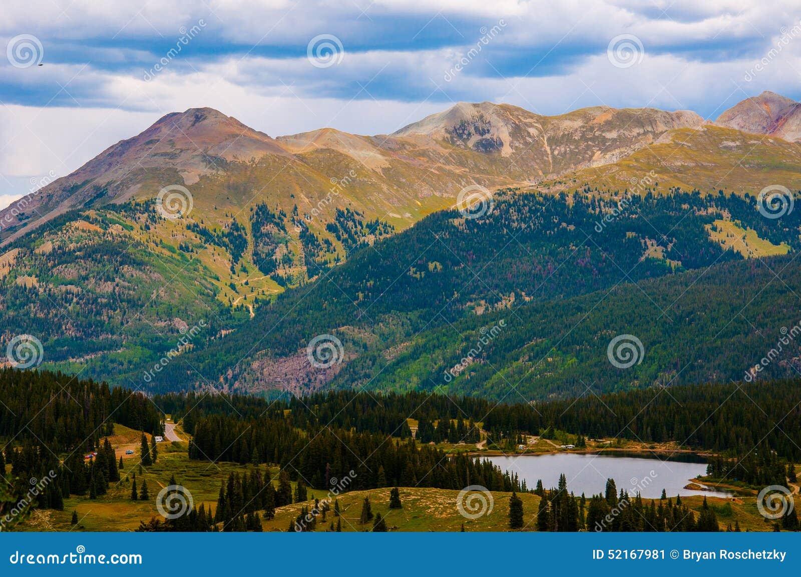 Sommet San Juan Range de crêtes de montagne du Colorado