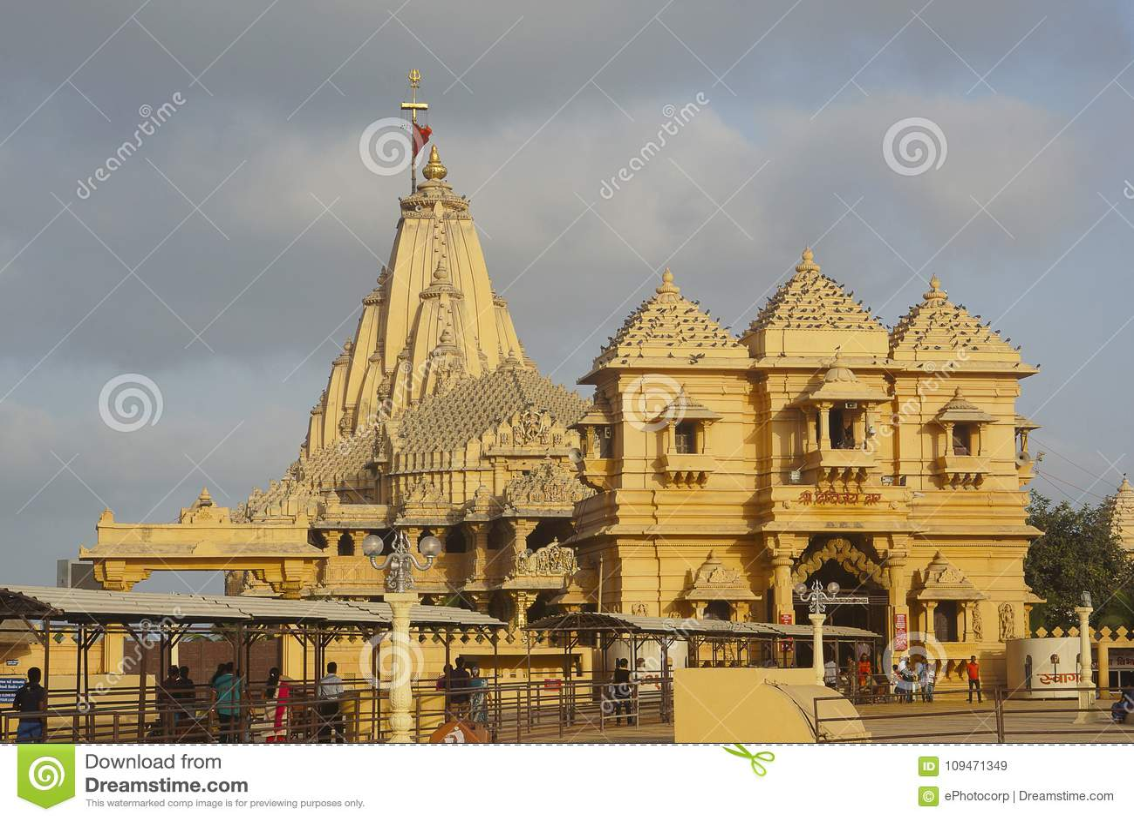 Somnath świątynia jak widzieć od strony, Saurashtra, Gujarat
