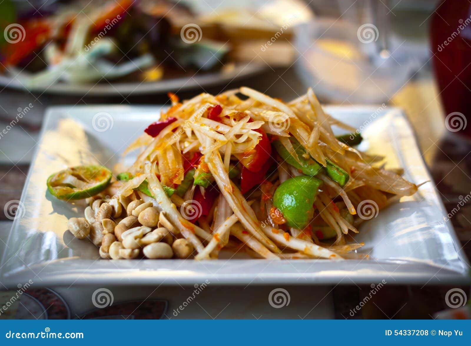 Somtam ou salada da papaia, alimento tailandês
