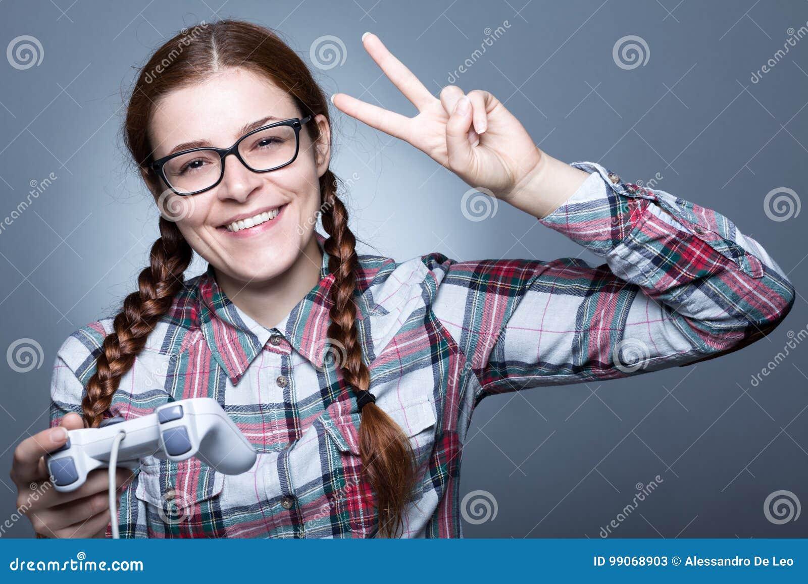 Sonderlings-Frau mit Gamepad