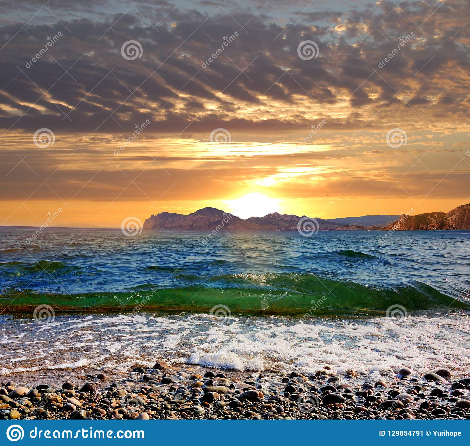 Sonnenaufgang über dem Schwarzen Meer, Ost-Krim