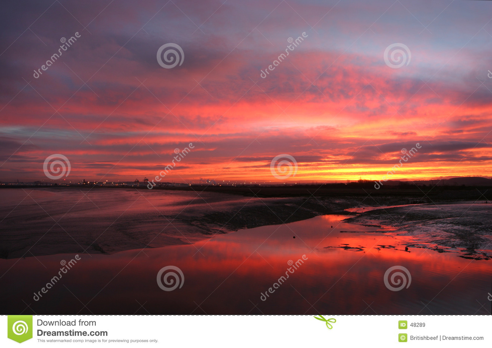 Sonnenaufgang über Mündung