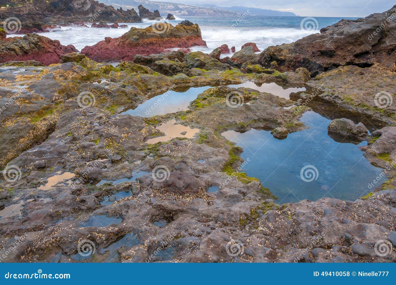 Download Sonnenaufgang Auf Vulkanischem Strand Des Schwarzen Sandes Teneriffa Stockfoto - Bild von strand, kanarienvogel: 49410058